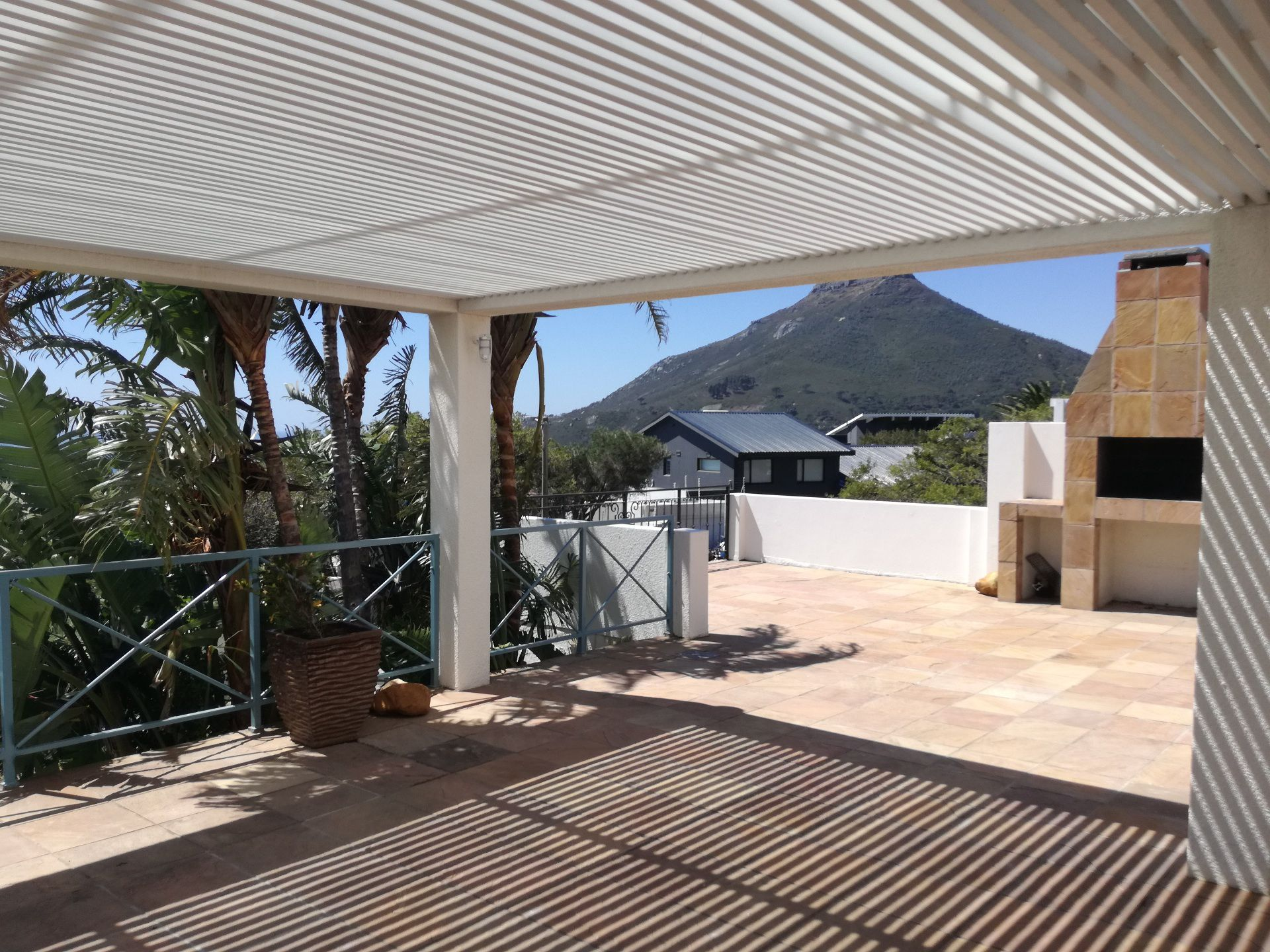 Camps Bay property to rent. Ref No: 13566796. Picture no 8