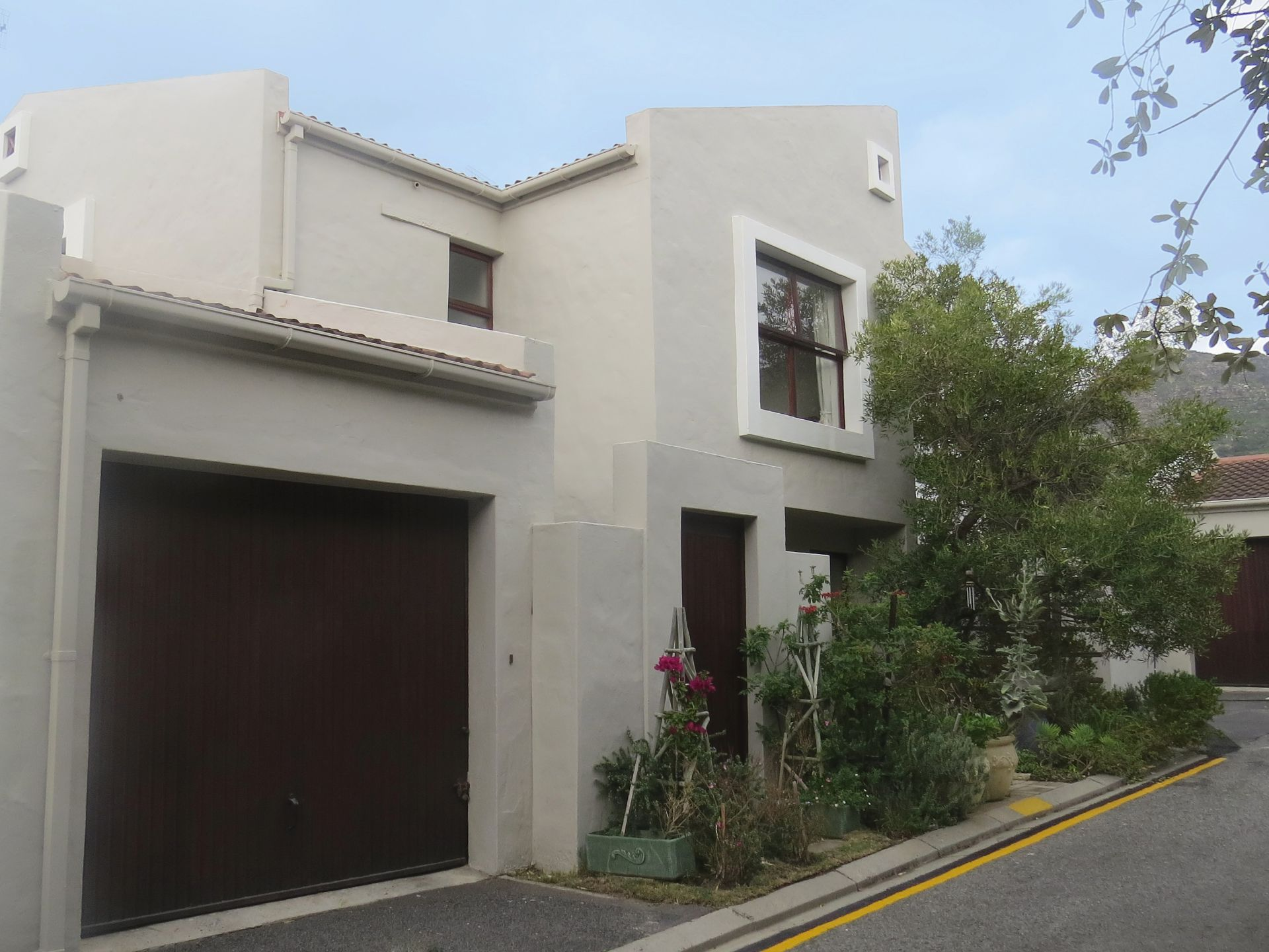 Property and Houses for sale in Beach Estate, Duplex, 3 Bedrooms - ZAR 3,650,000
