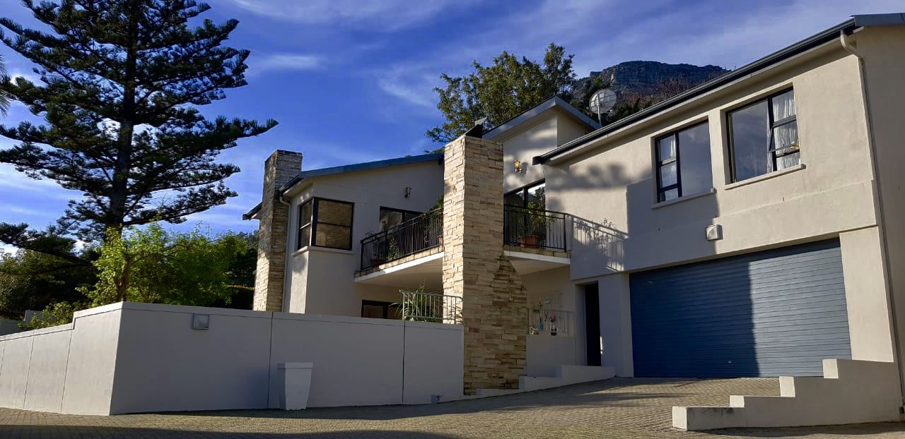 Property and Houses for sale in Scott Estate, House, 4 Bedrooms - ZAR 5,485,000