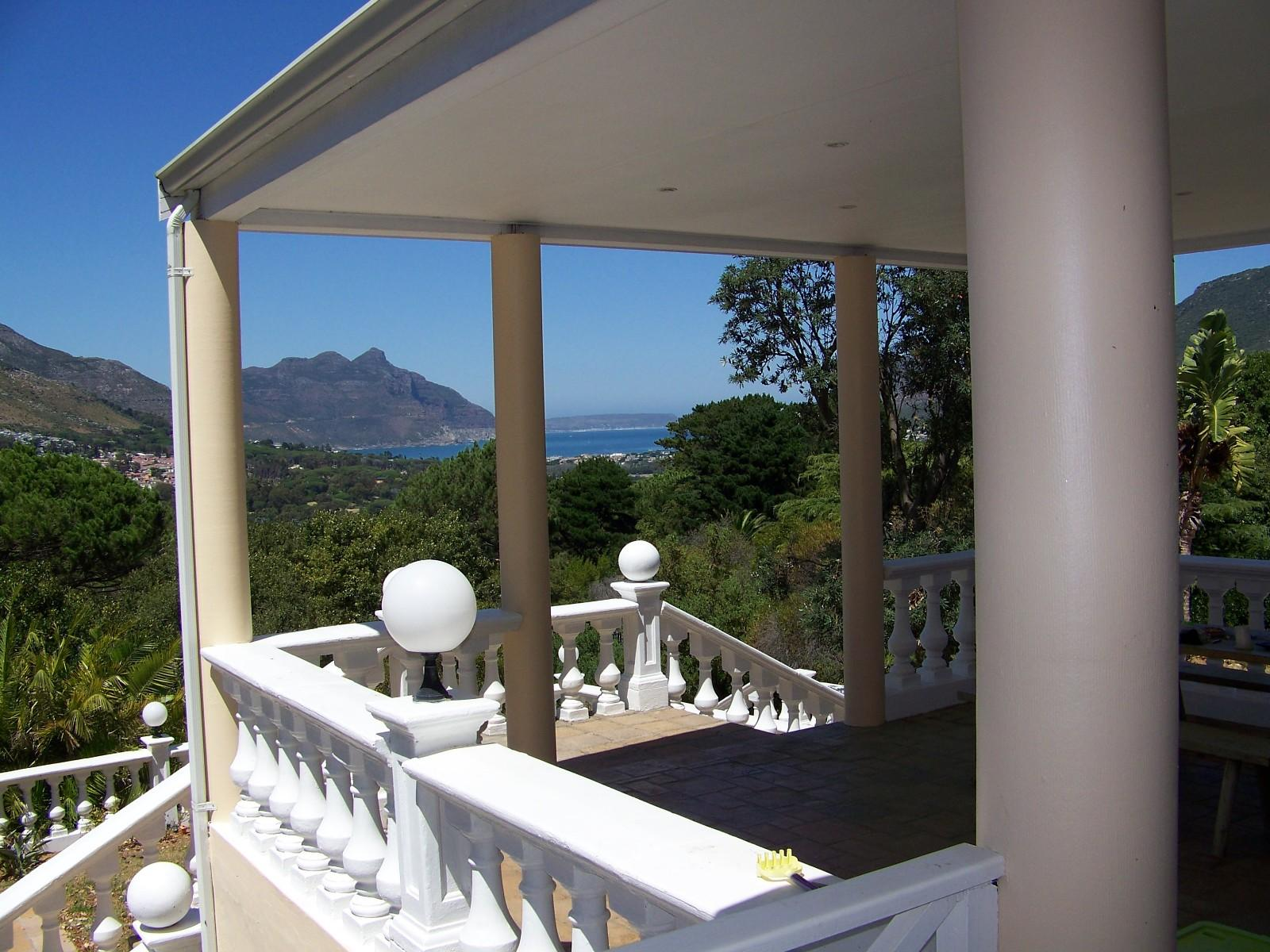 Property and Houses to rent in Hout Bay (All), House, 4 Bedrooms - ZAR , 50,00*,M