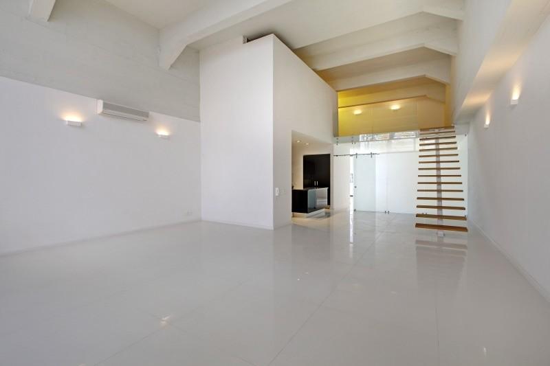 Cape Town City Centre property for sale. Ref No: 13449829. Picture no 2