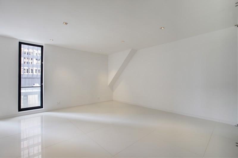 Cape Town City Centre property for sale. Ref No: 13449829. Picture no 8