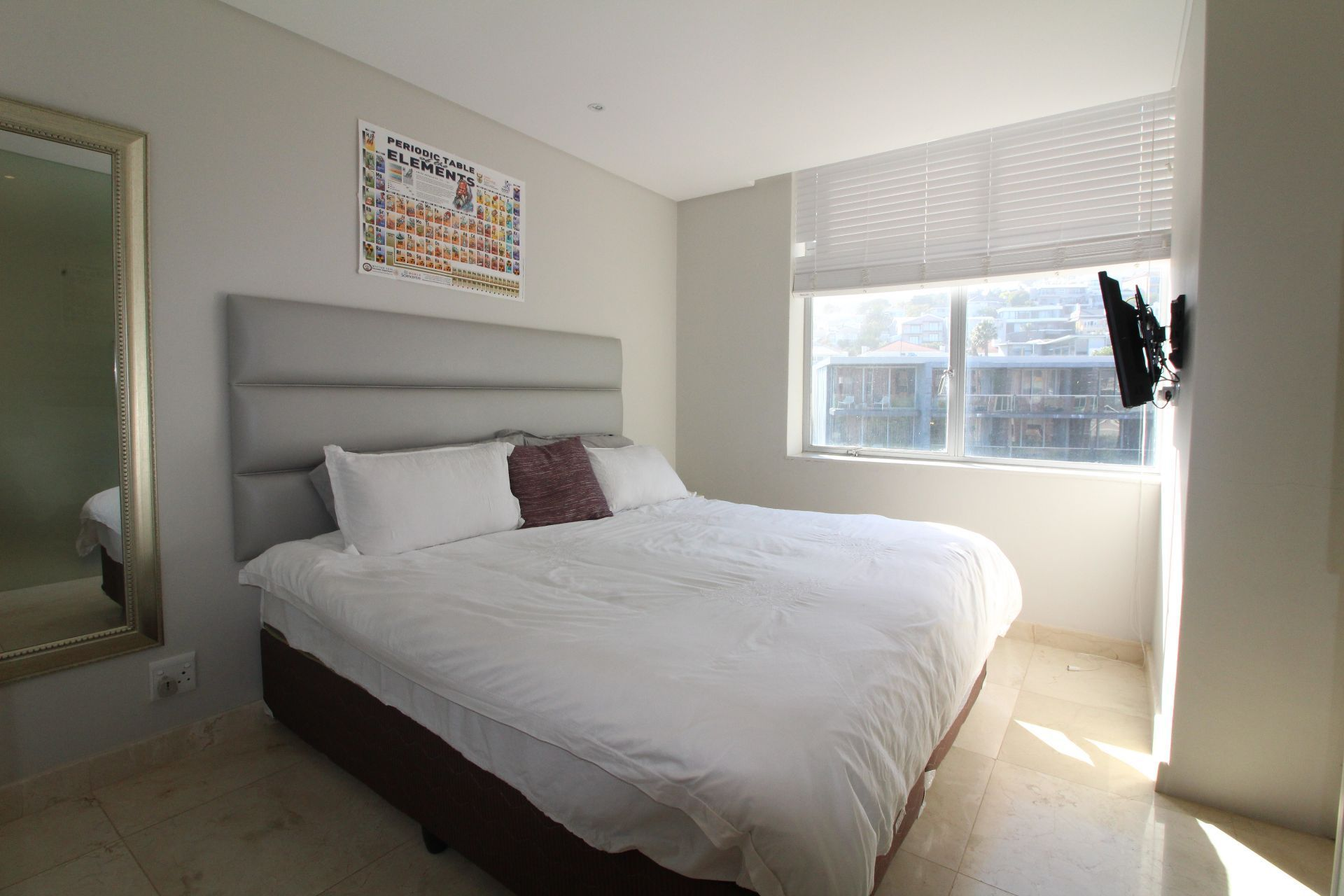 Camps Bay property to rent. Ref No: 13233885. Picture no 10