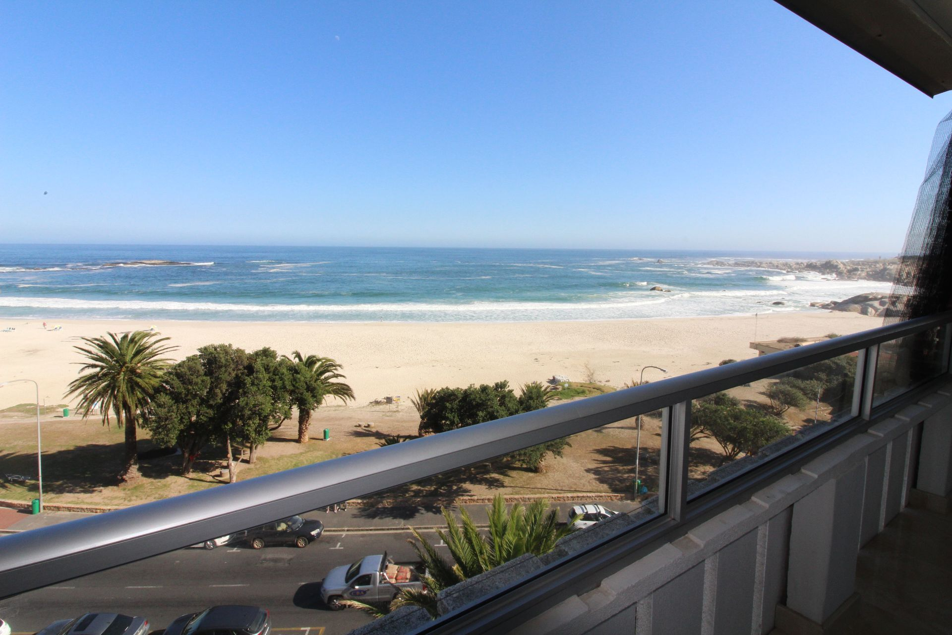 Camps Bay property to rent. Ref No: 13233885. Picture no 17