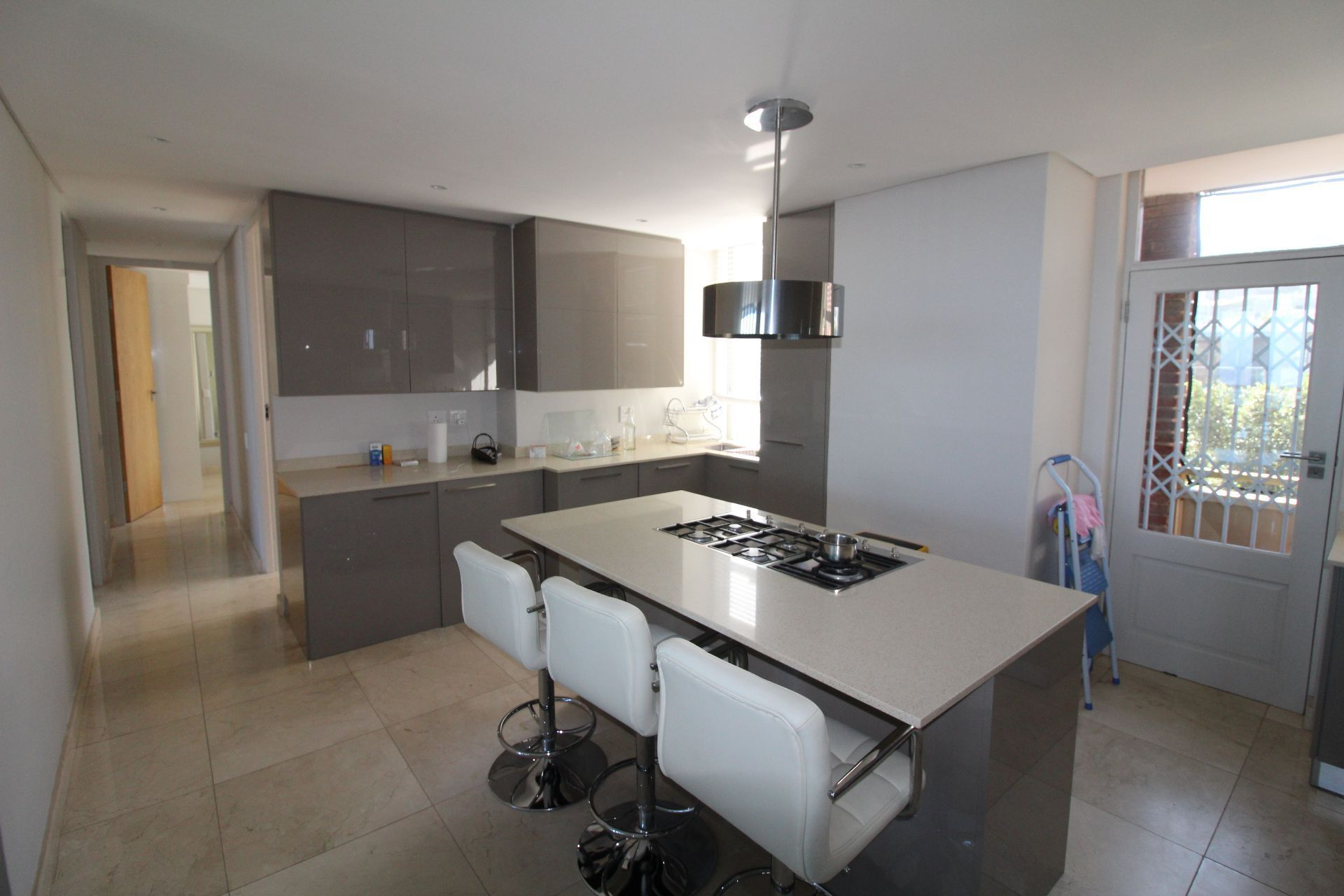 Camps Bay property to rent. Ref No: 13233885. Picture no 9