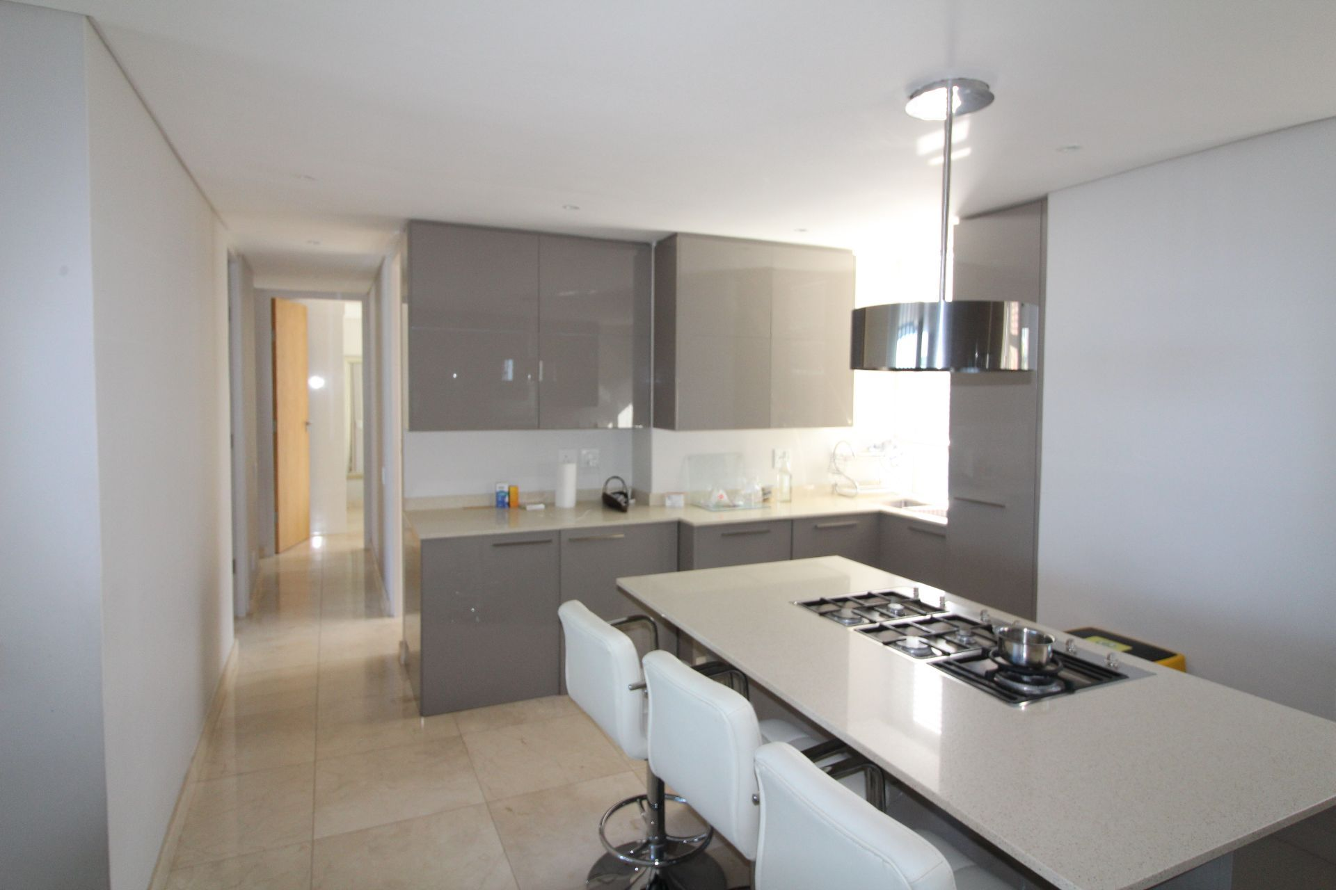 Camps Bay property to rent. Ref No: 13233885. Picture no 8