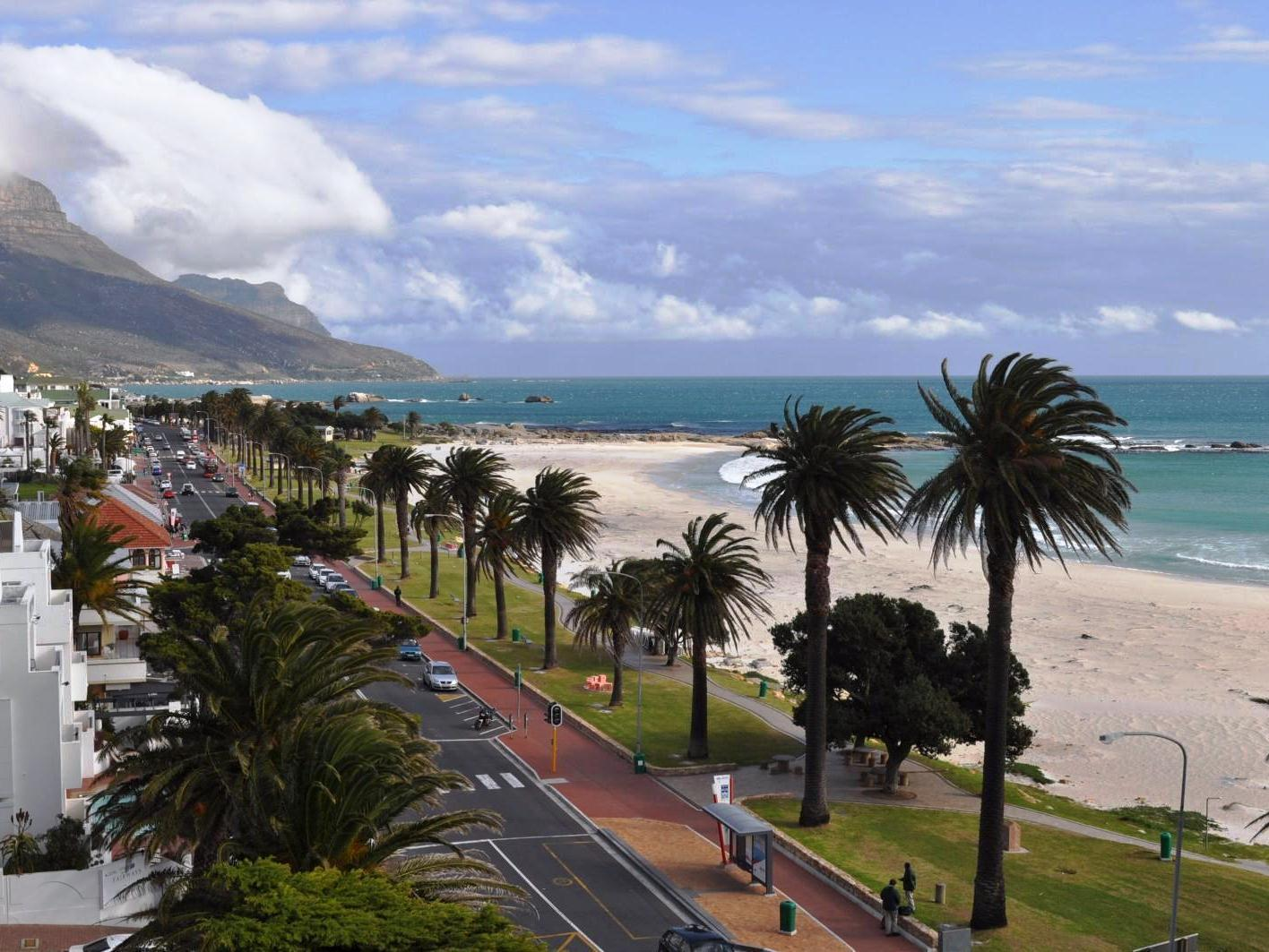 Camps Bay property to rent. Ref No: 13233885. Picture no 1