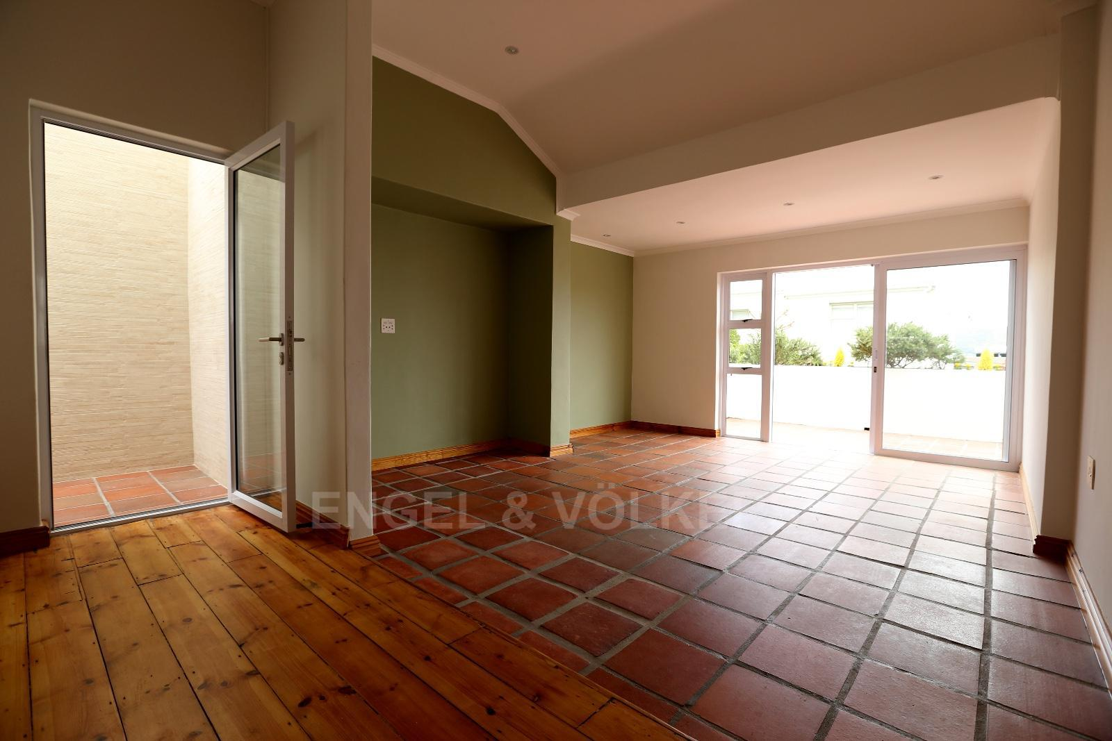 Vredehoek property to rent. Ref No: 13249866. Picture no 3