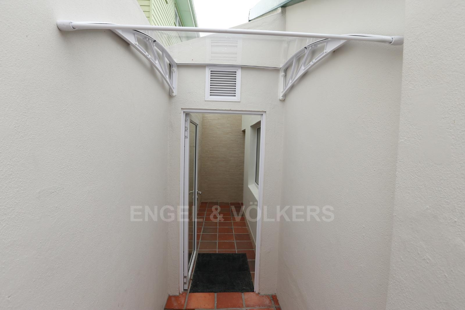 Vredehoek property to rent. Ref No: 13249866. Picture no 4