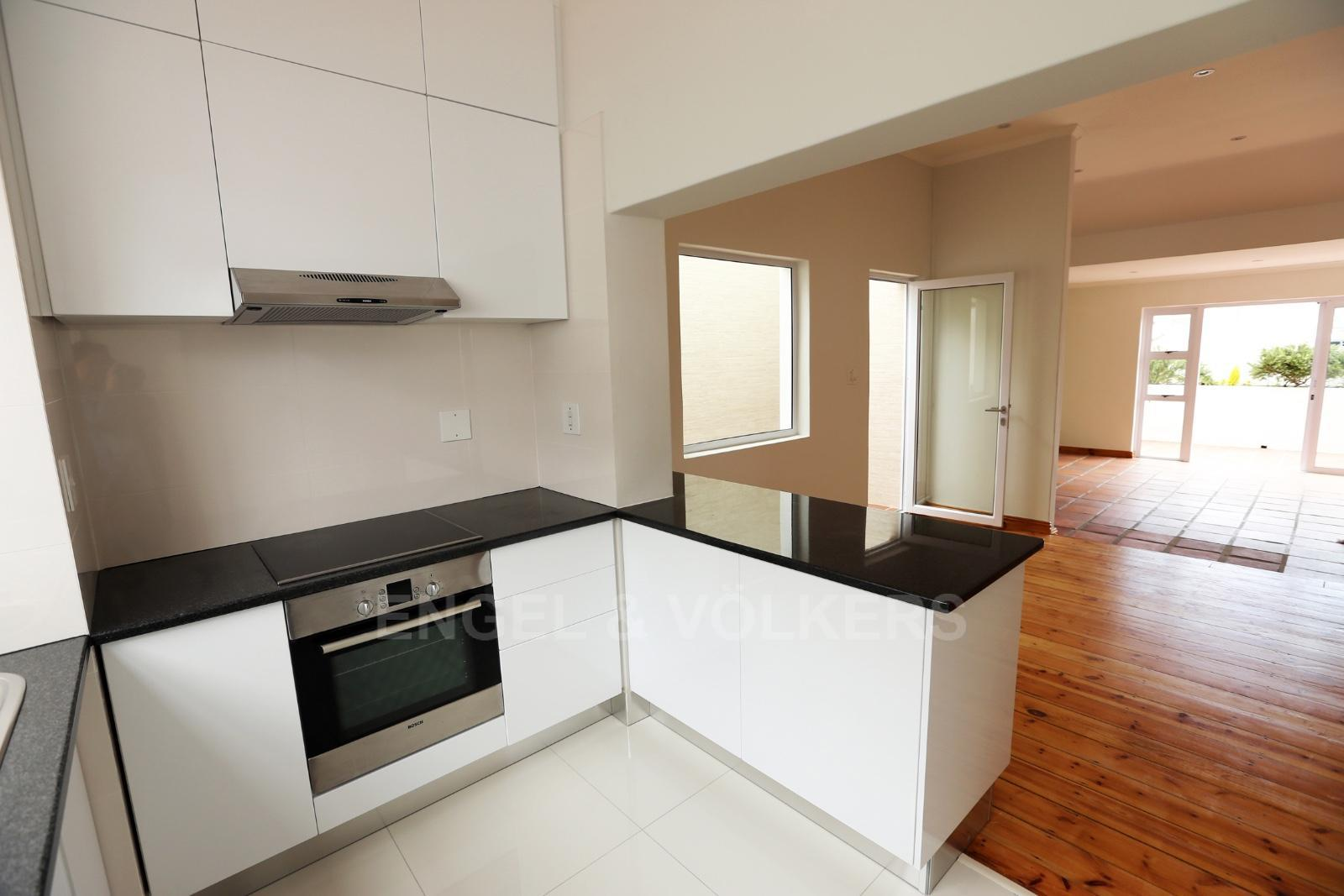 Vredehoek property to rent. Ref No: 13249866. Picture no 8