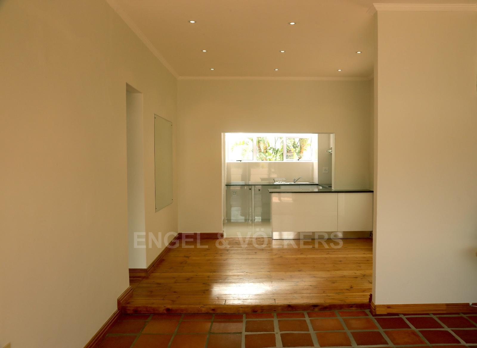 Vredehoek property to rent. Ref No: 13249866. Picture no 2
