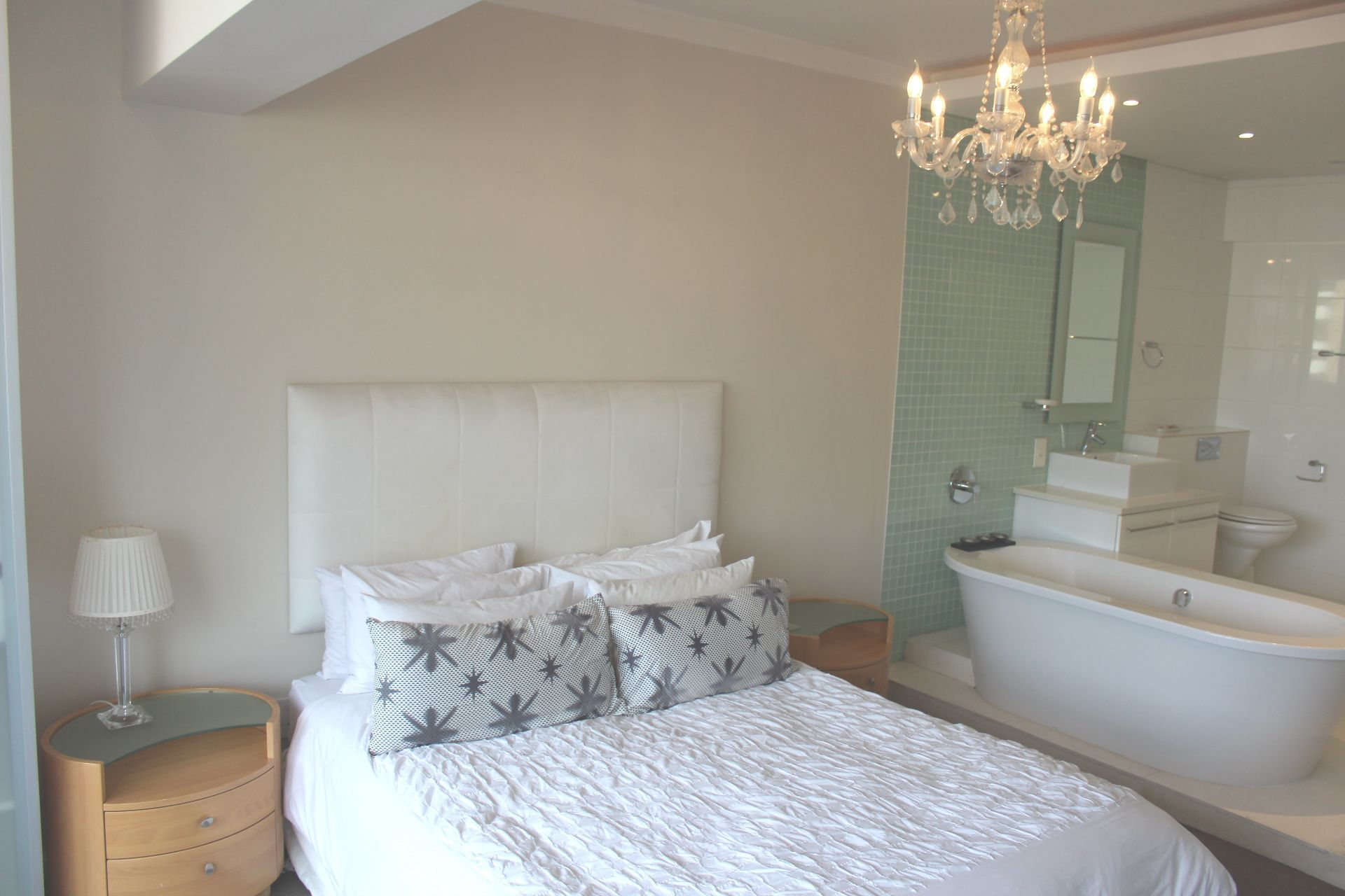Sea Point property to rent. Ref No: 13331873. Picture no 7