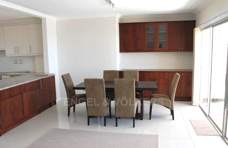 Camps Bay property to rent. Ref No: 13351334. Picture no 3