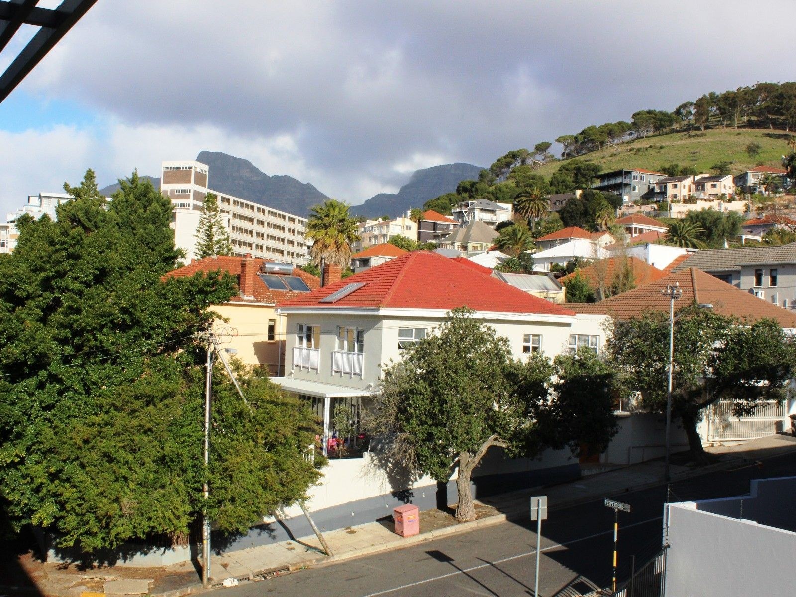 Green Point property for sale. Ref No: 13356291. Picture no 1