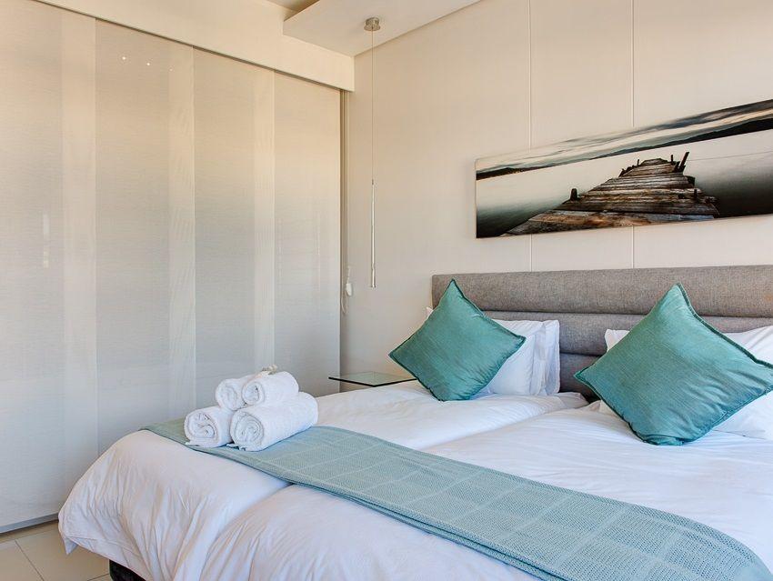 Cape Town City Centre property for sale. Ref No: 13383687. Picture no 10
