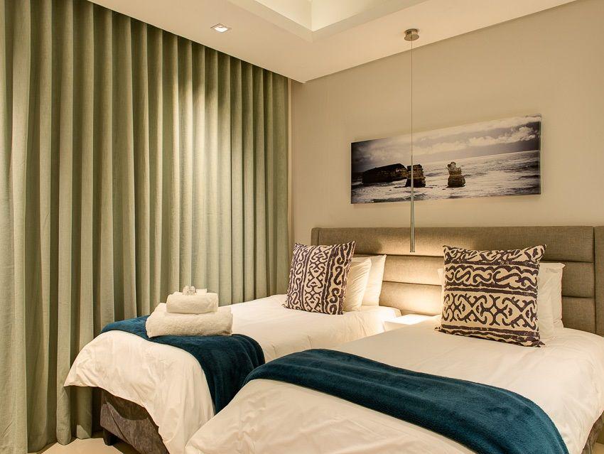 Cape Town City Centre property for sale. Ref No: 13383687. Picture no 11