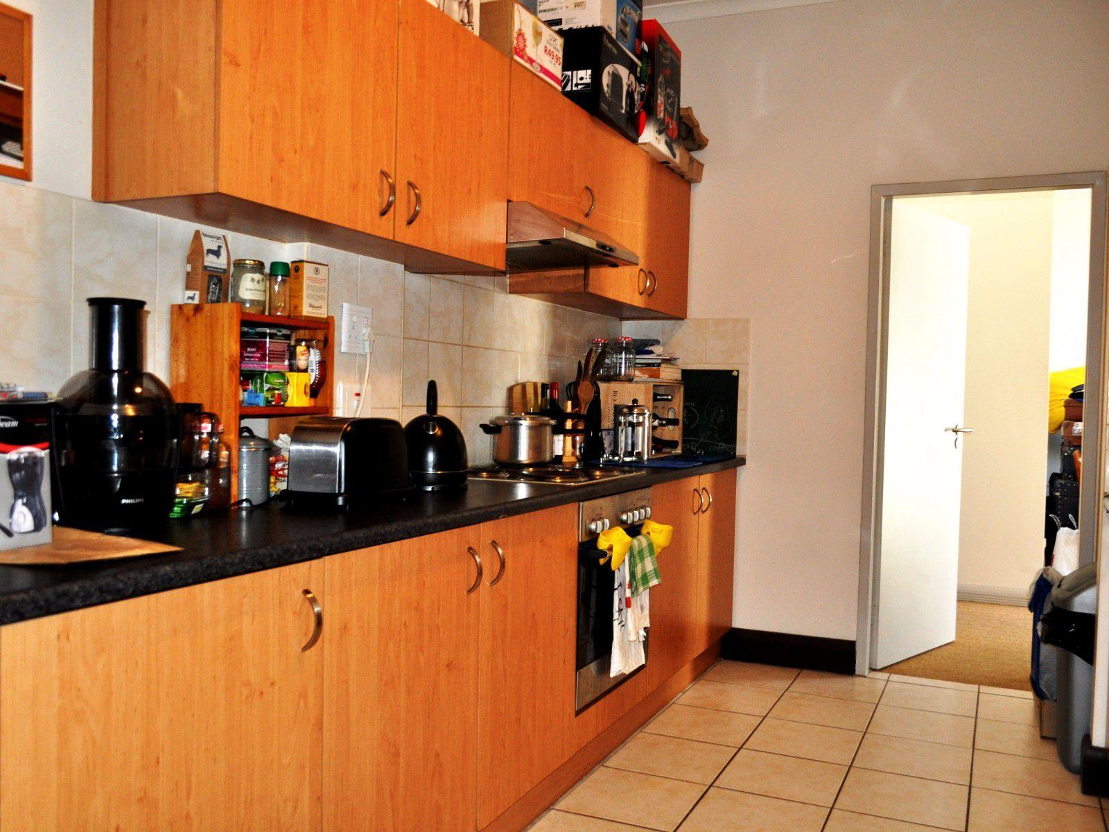 Cape Town City Centre property for sale. Ref No: 13394445. Picture no 7