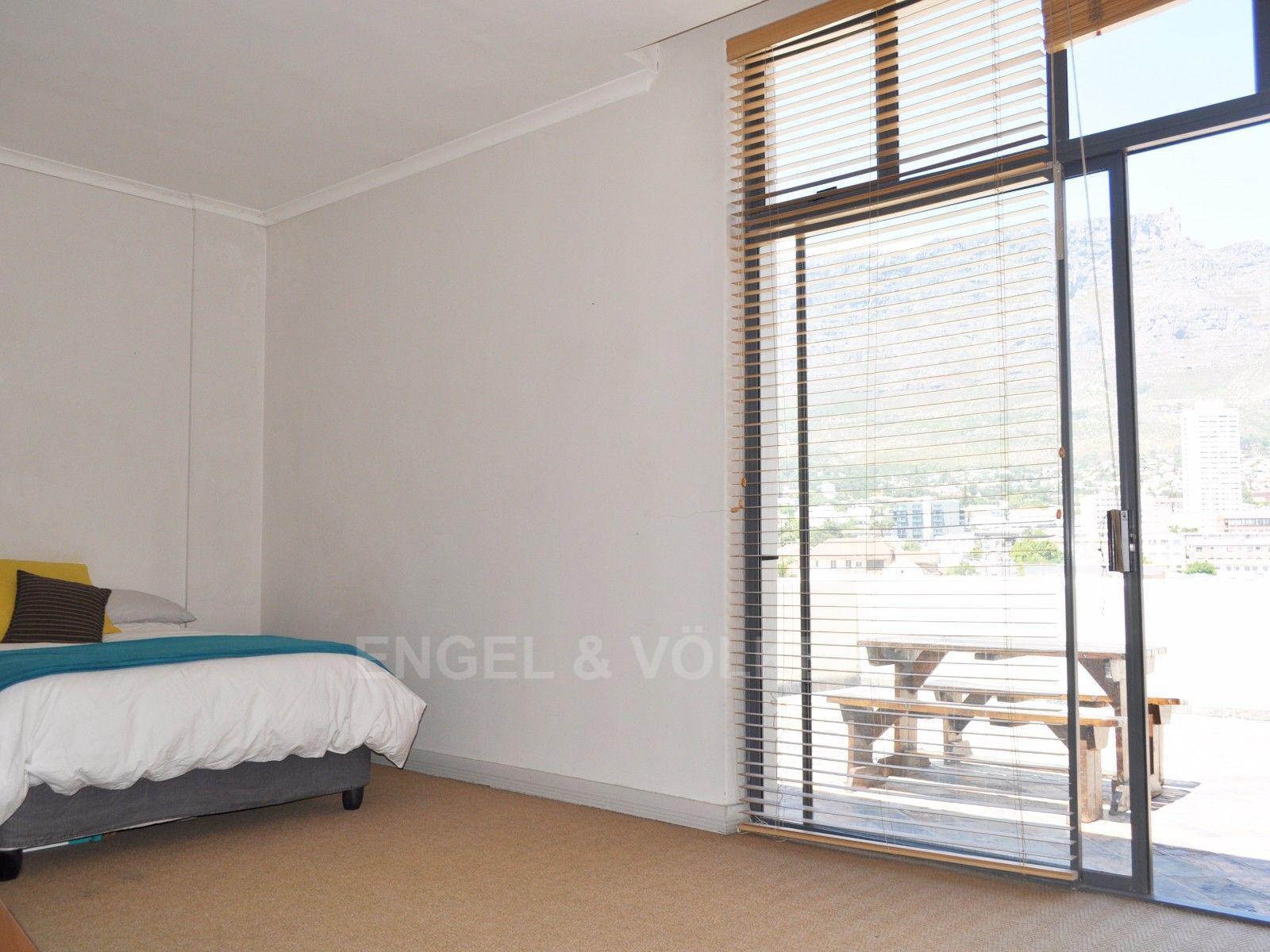 Cape Town City Centre property for sale. Ref No: 13394445. Picture no 12