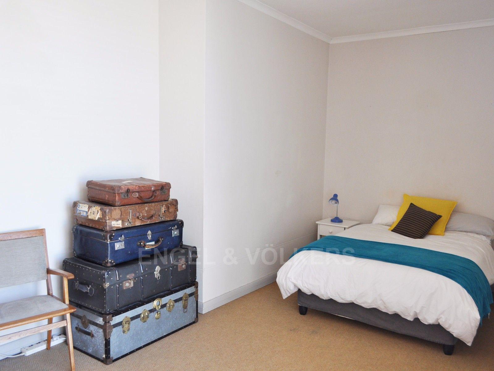 Cape Town City Centre property for sale. Ref No: 13394445. Picture no 11