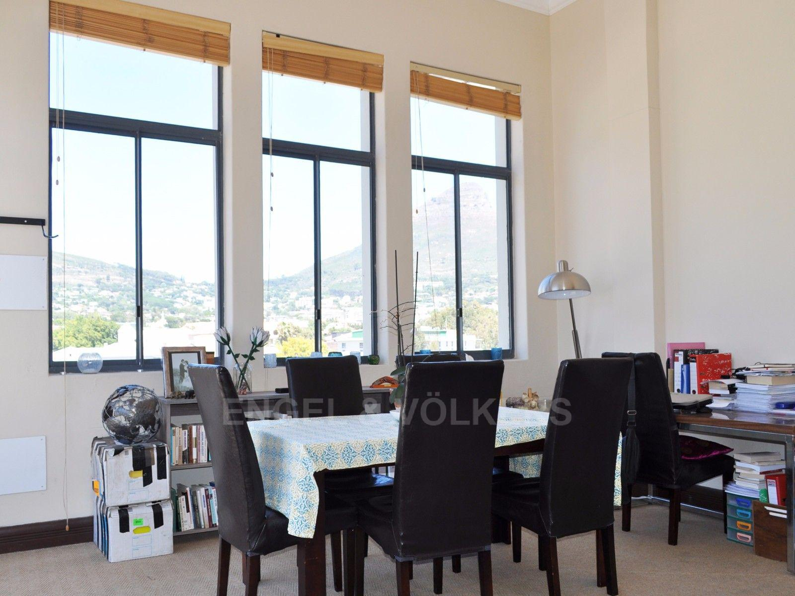Cape Town City Centre property for sale. Ref No: 13394445. Picture no 4