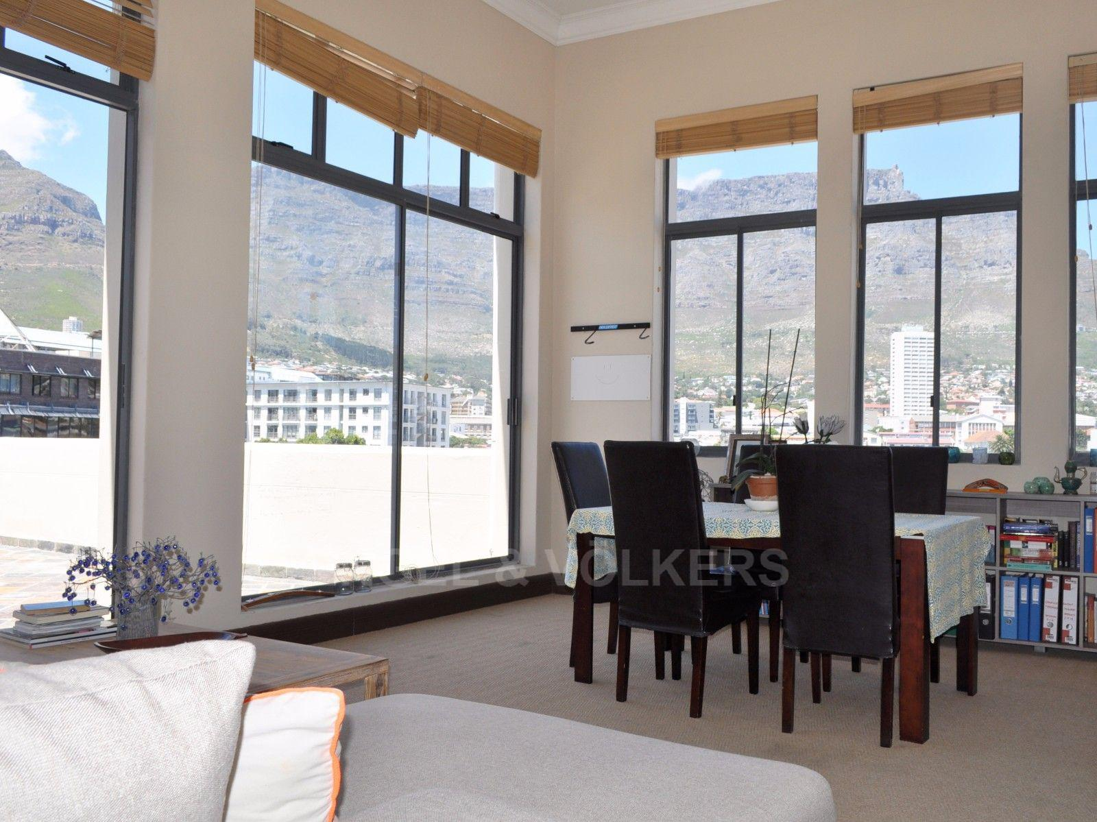 Cape Town City Centre property for sale. Ref No: 13394445. Picture no 3