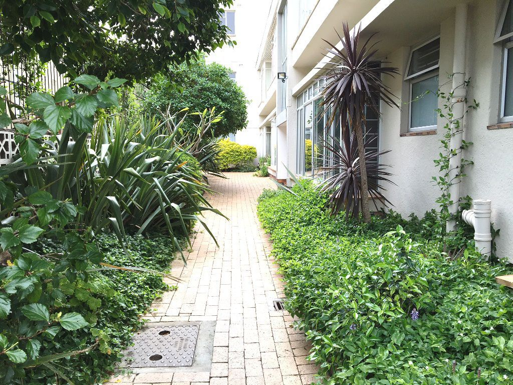 Sea Point property to rent. Ref No: 13392111. Picture no 2