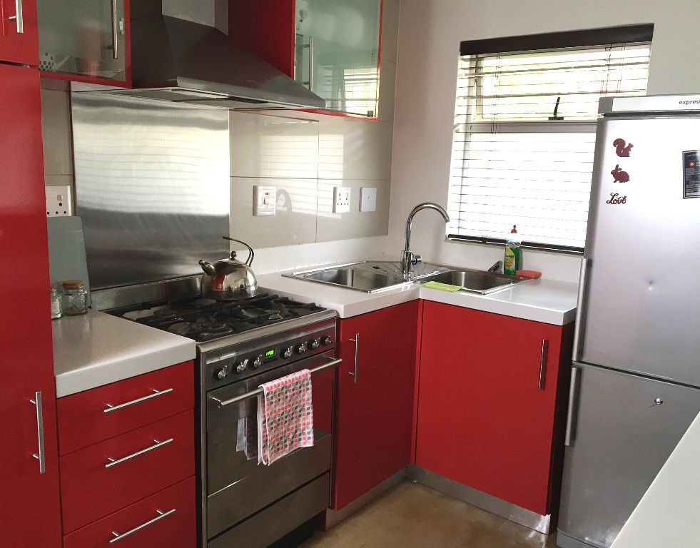 Sea Point property to rent. Ref No: 13392111. Picture no 5
