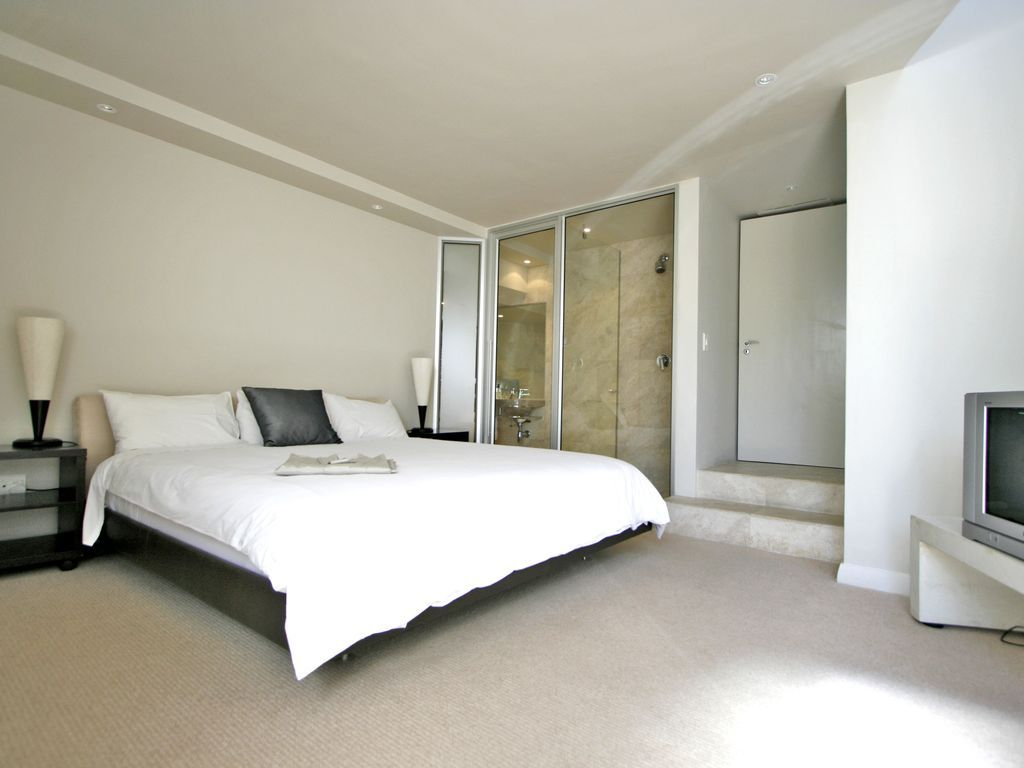 Camps Bay property to rent. Ref No: 13482268. Picture no 8