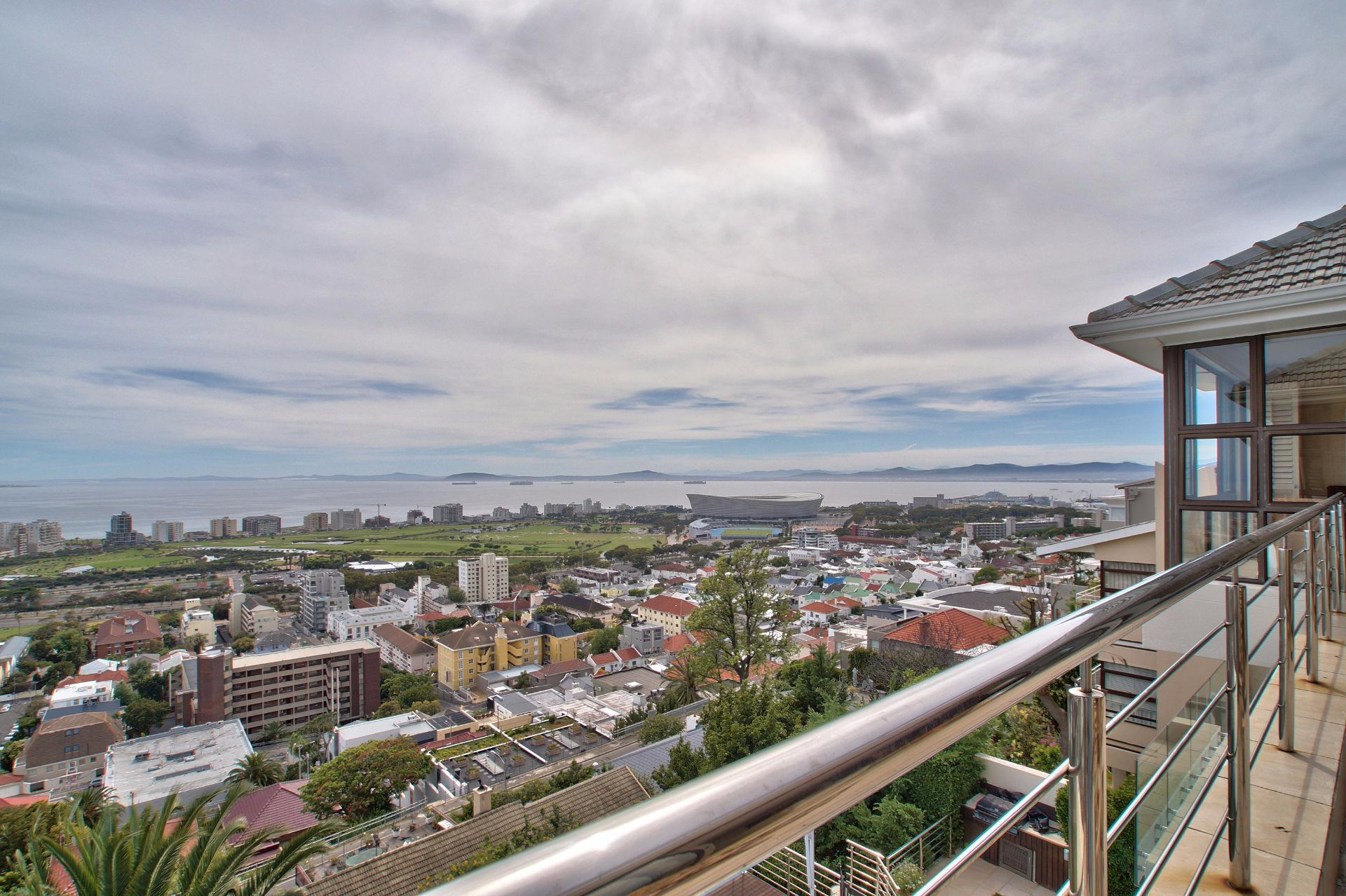 Green Point property to rent. Ref No: 13490207. Picture no 10