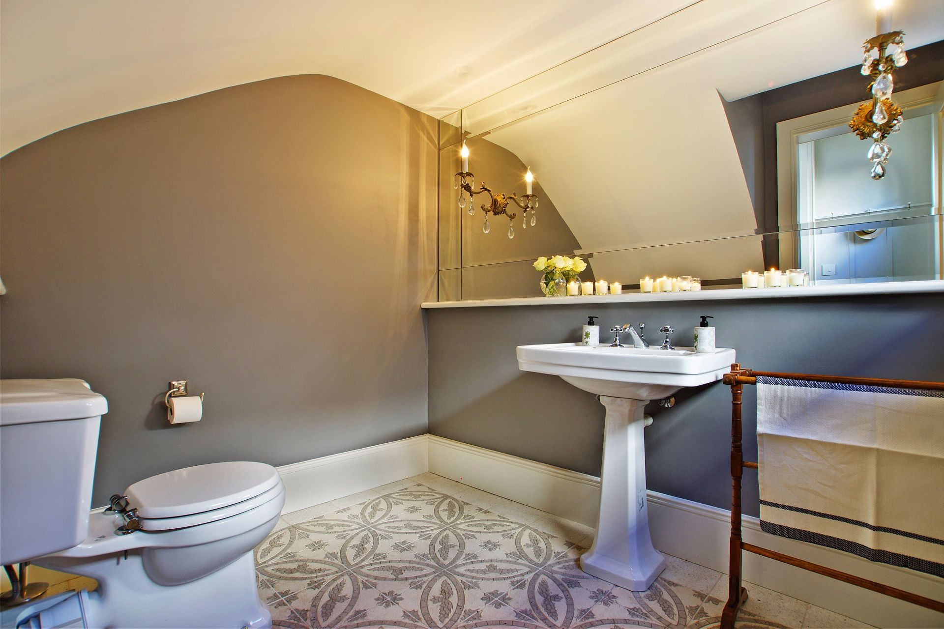 Camps Bay property to rent. Ref No: 13490082. Picture no 6