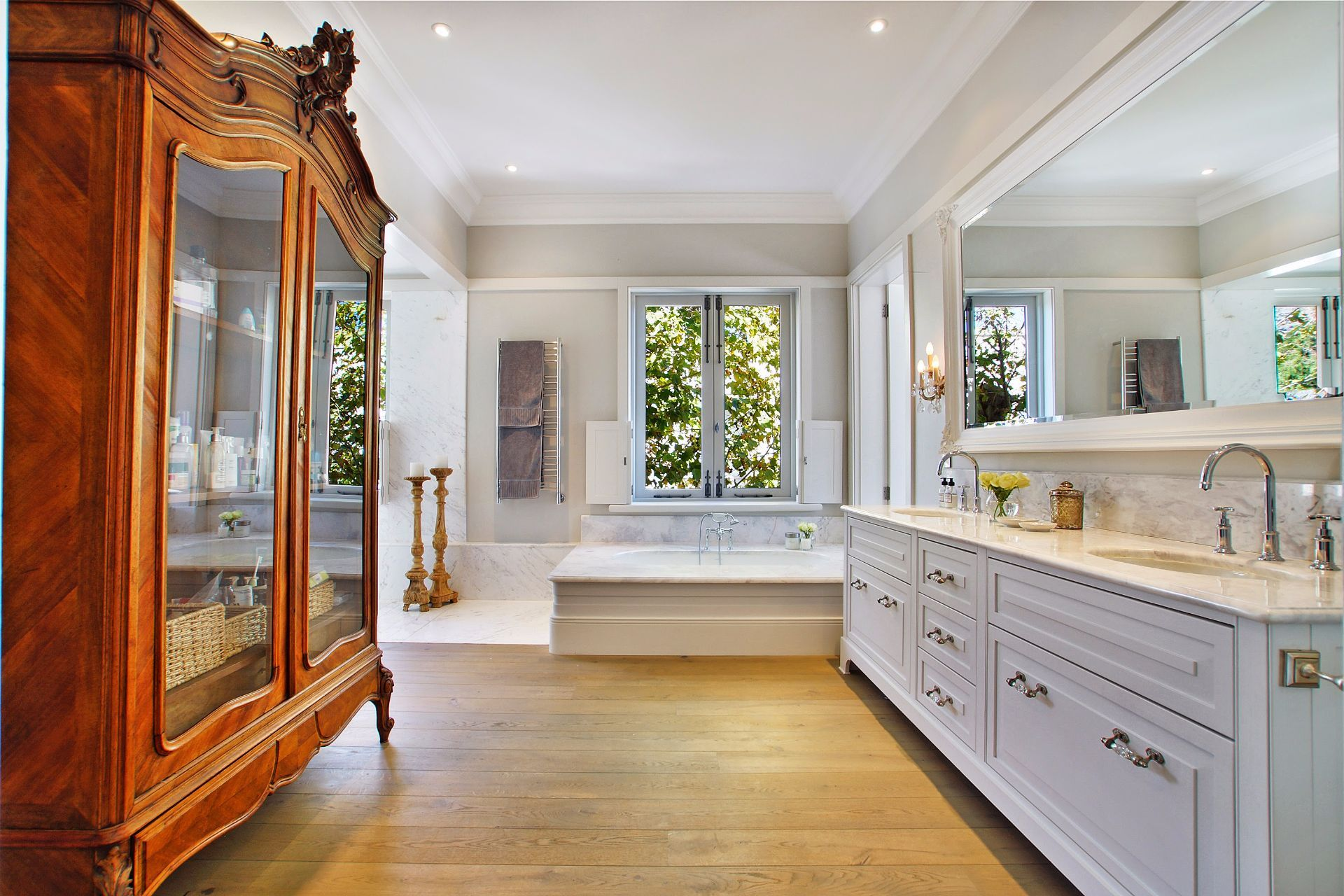 Camps Bay property to rent. Ref No: 13490082. Picture no 9