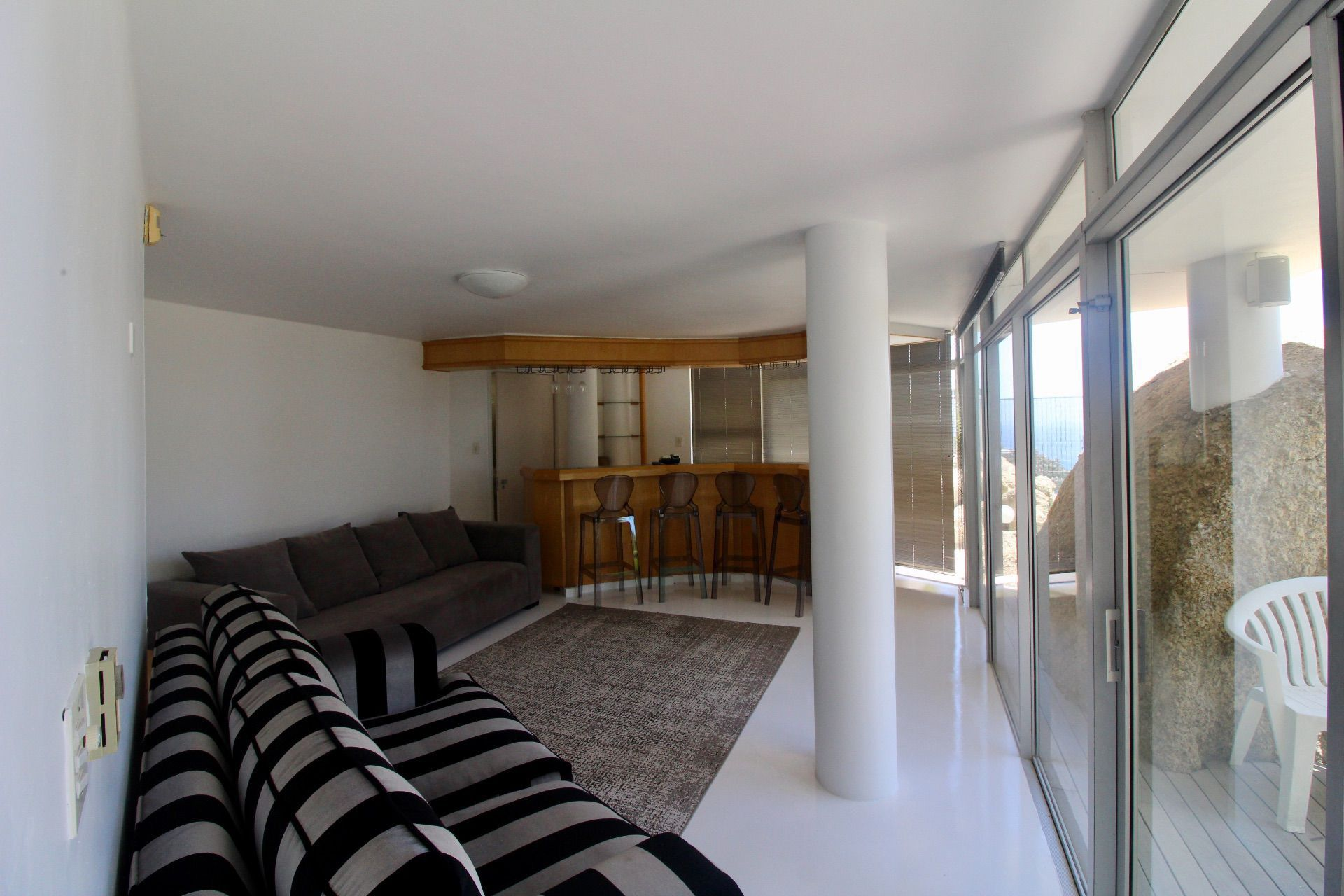 Bantry Bay property to rent. Ref No: 13561280. Picture no 10