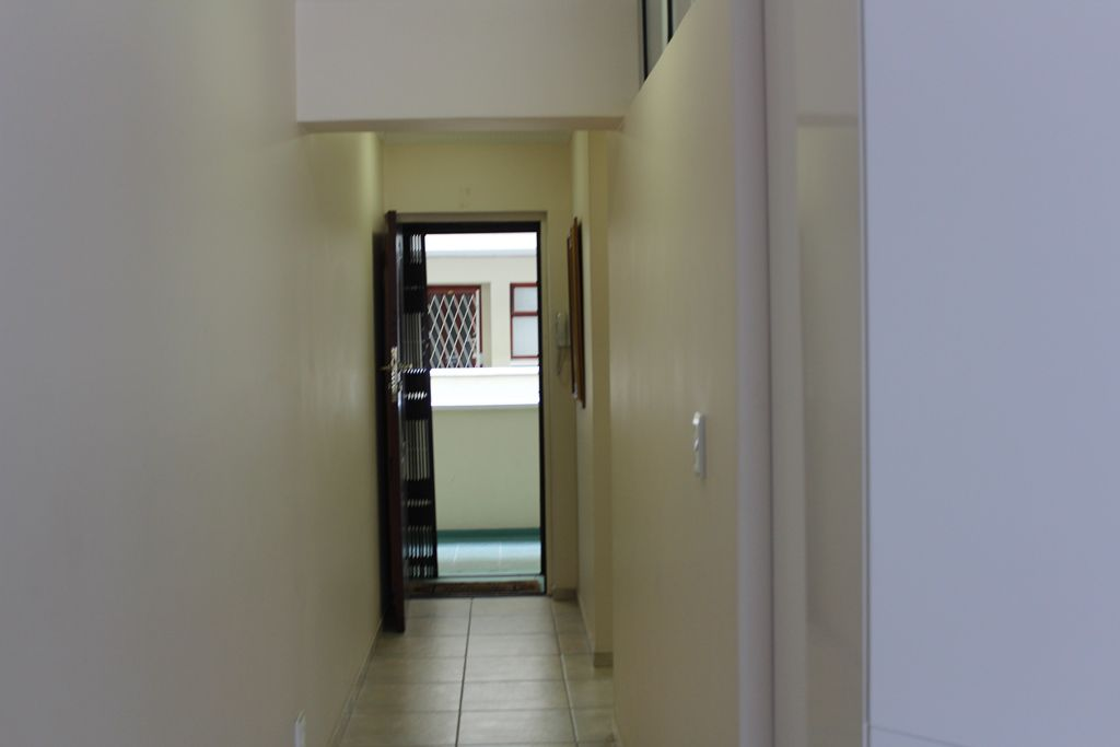 Sea Point property to rent. Ref No: 13586785. Picture no 4