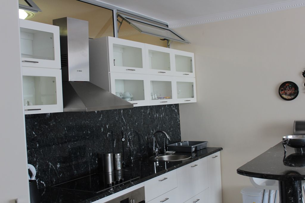 Sea Point property to rent. Ref No: 13586785. Picture no 10