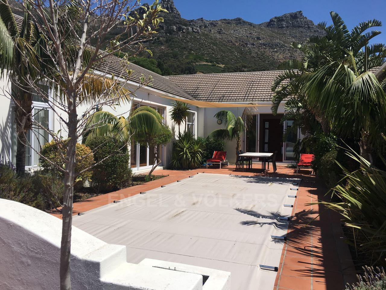 Property and Houses to rent in Hout Bay (All), House, 4 Bedrooms - ZAR , 35,00*,M