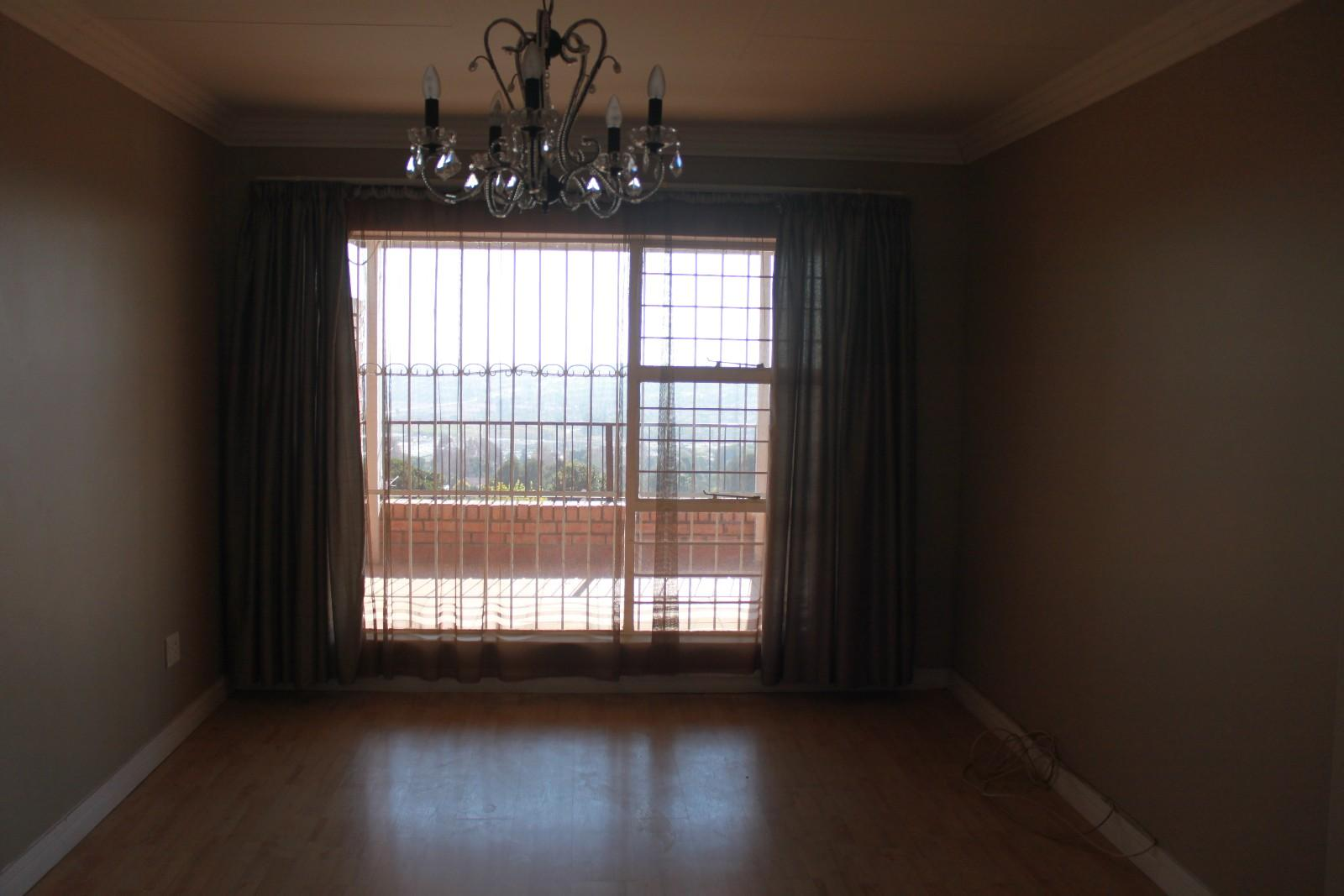 Constantiakloof property for sale. Ref No: 13346839. Picture no 13