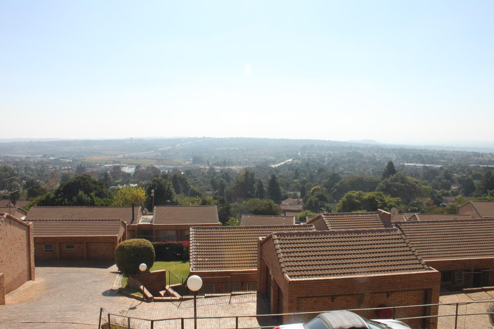 Constantiakloof property for sale. Ref No: 13346839. Picture no 17