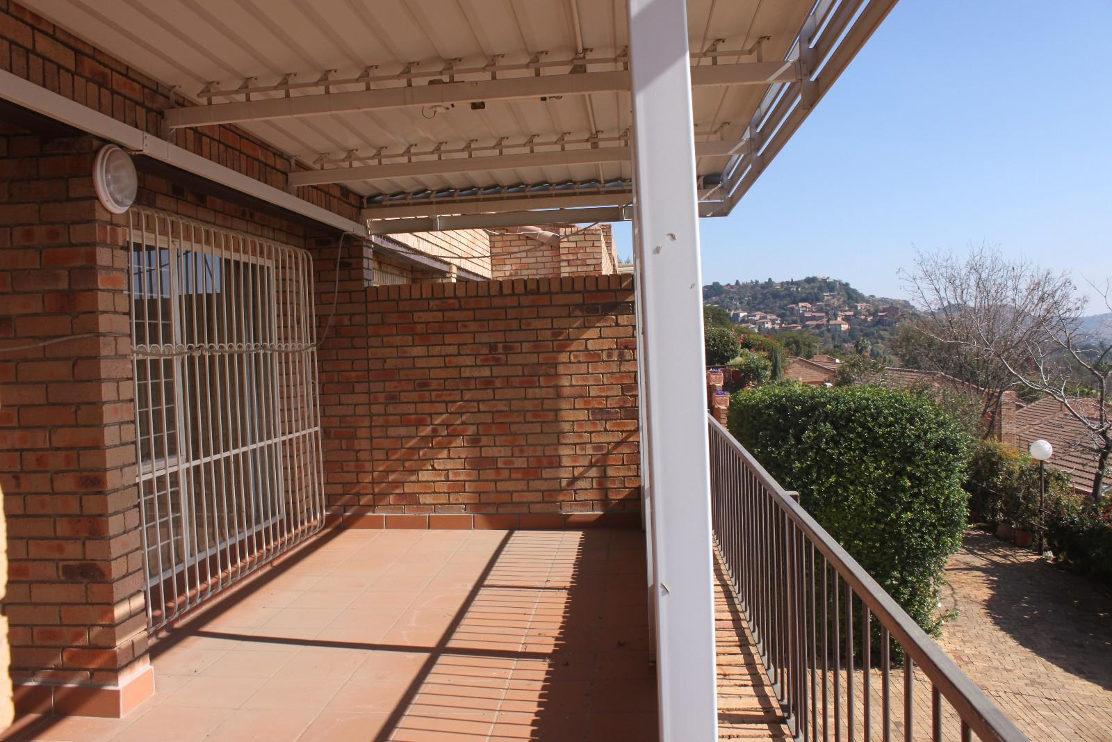 Constantiakloof property for sale. Ref No: 13346839. Picture no 18