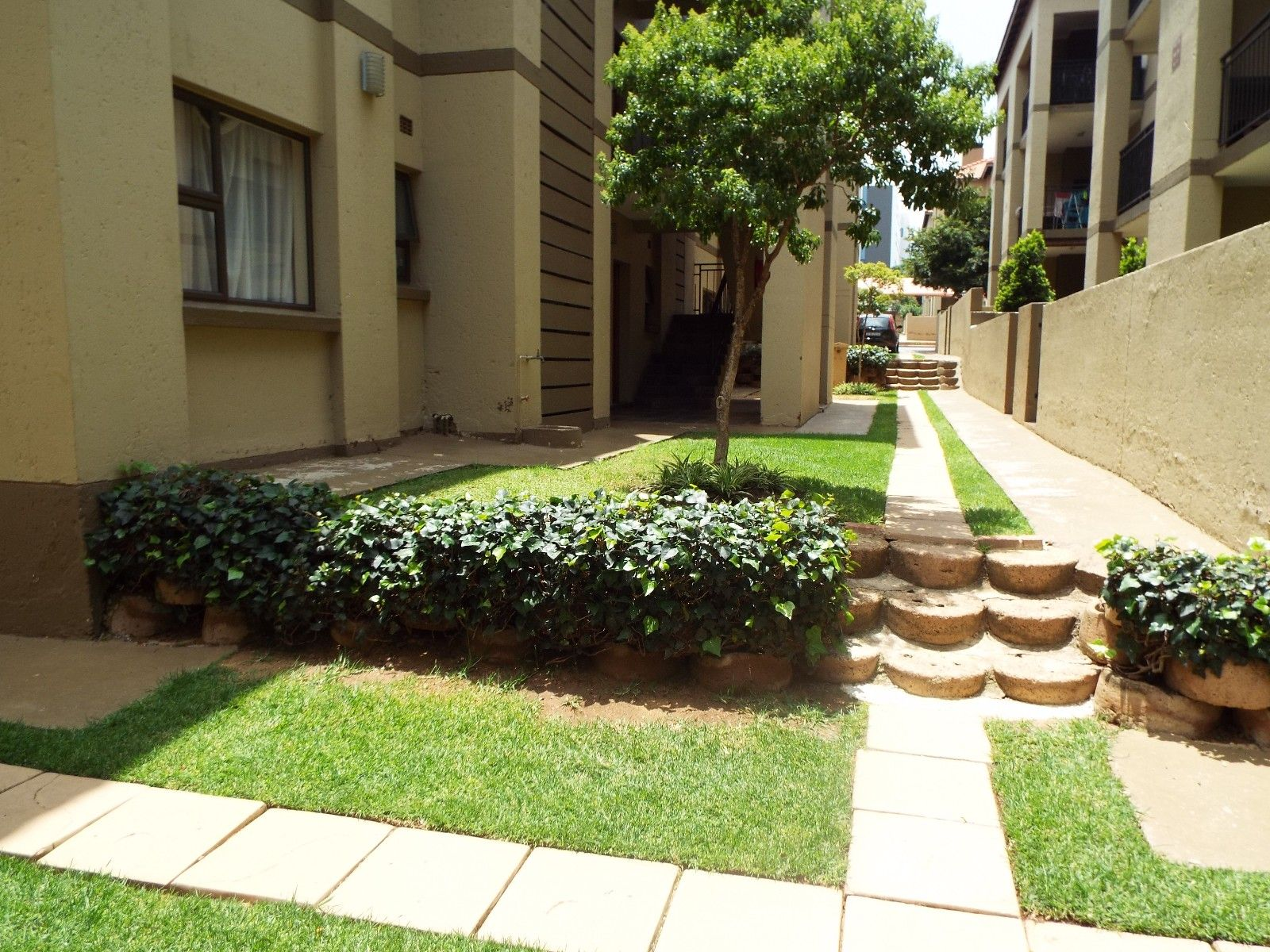 Sandton, Lonehill Property  | Houses For Sale Lonehill - Page 4, LONEHILL, Apartment 2 bedrooms property for sale Price:895,000