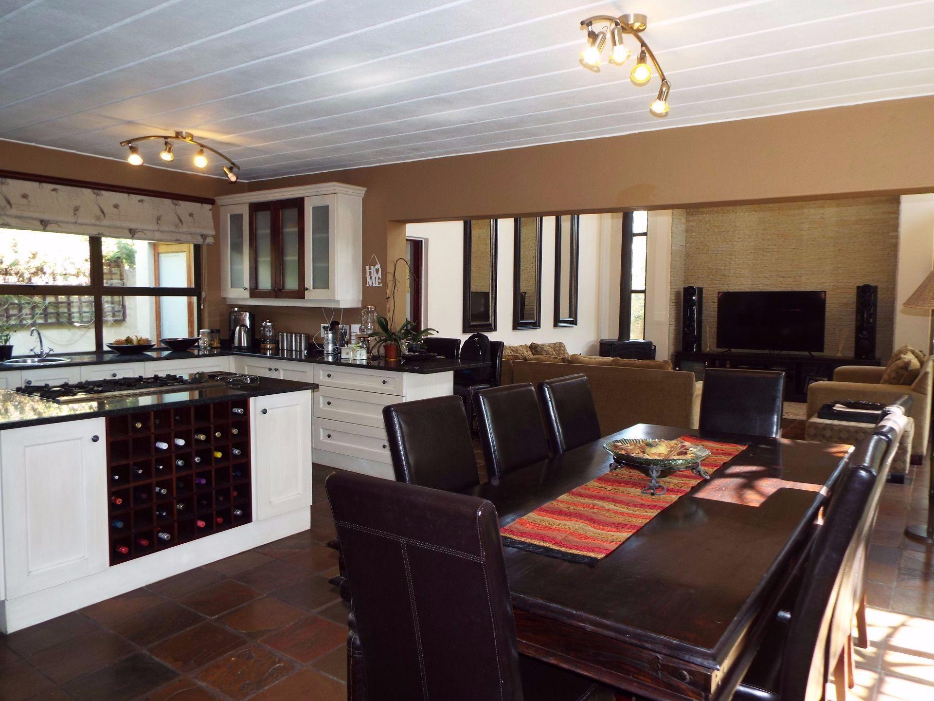 Douglasdale property to rent. Ref No: 13509526. Picture no 6
