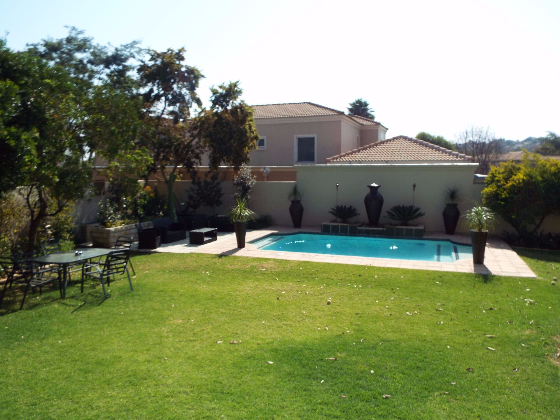 Douglasdale property to rent. Ref No: 13509526. Picture no 18