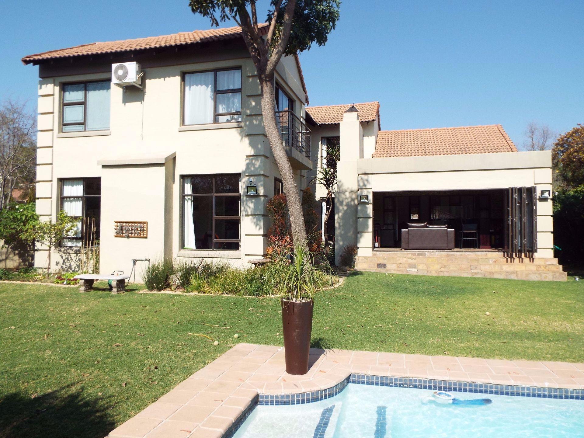 Douglasdale property to rent. Ref No: 13509526. Picture no 20