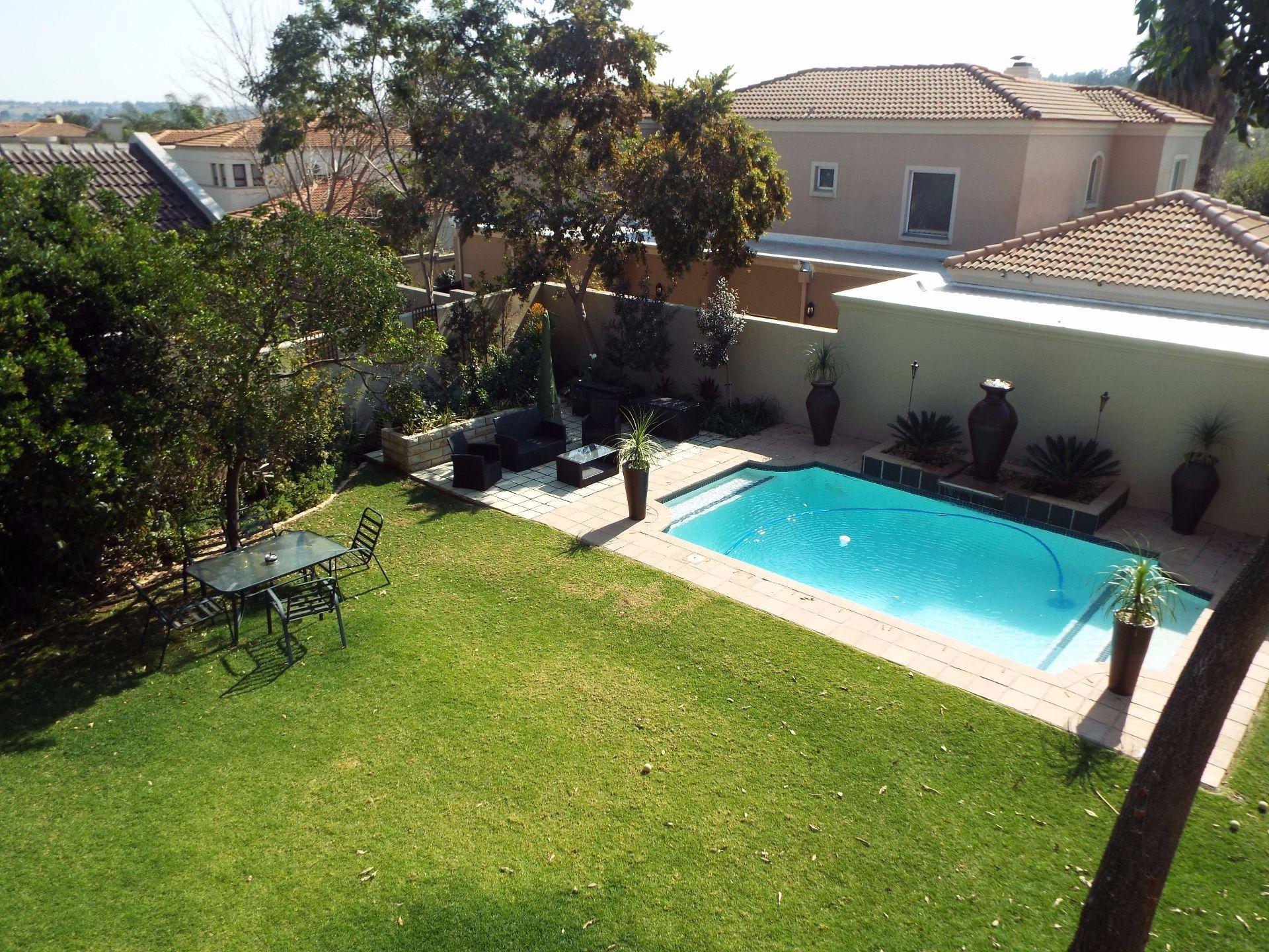 Douglasdale property to rent. Ref No: 13509526. Picture no 21