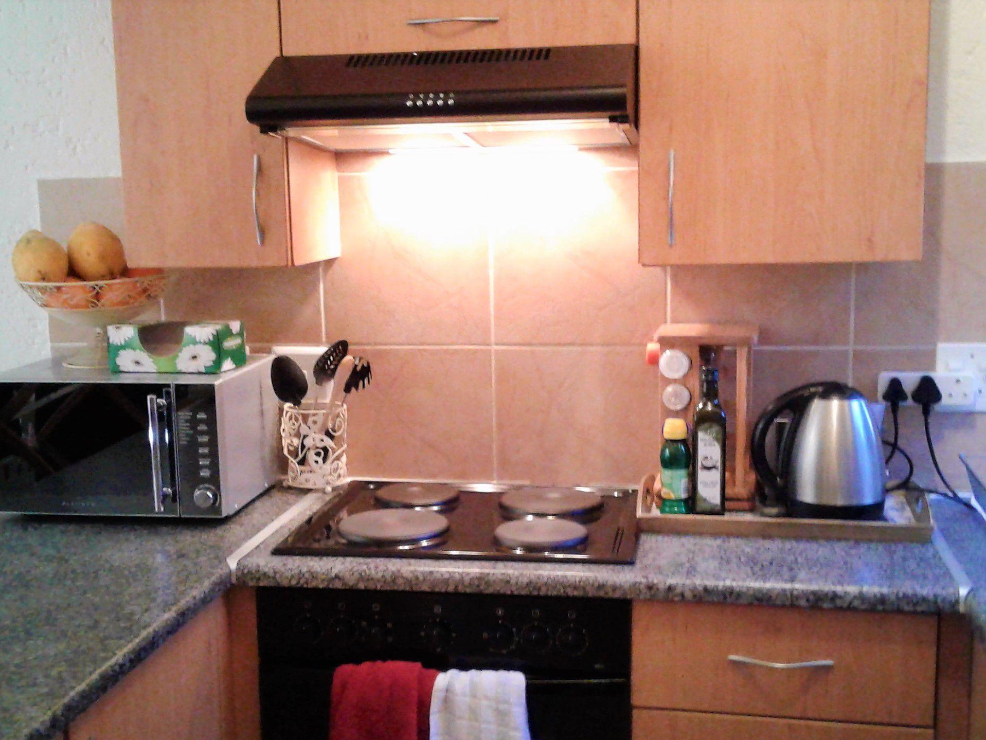 kitchen resize.jpg