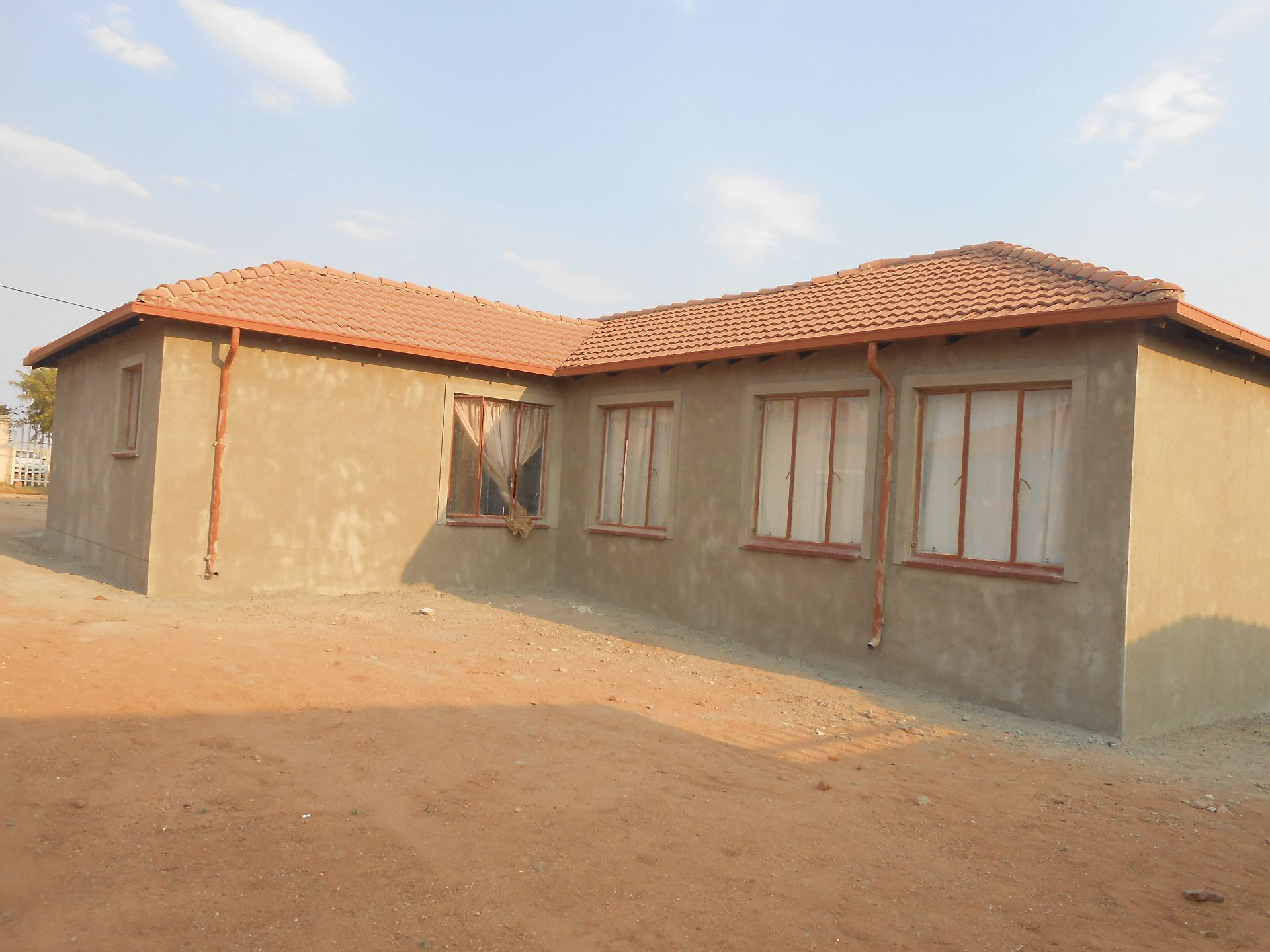 Cosmo City property for sale. Ref No: 13532301. Picture no 13