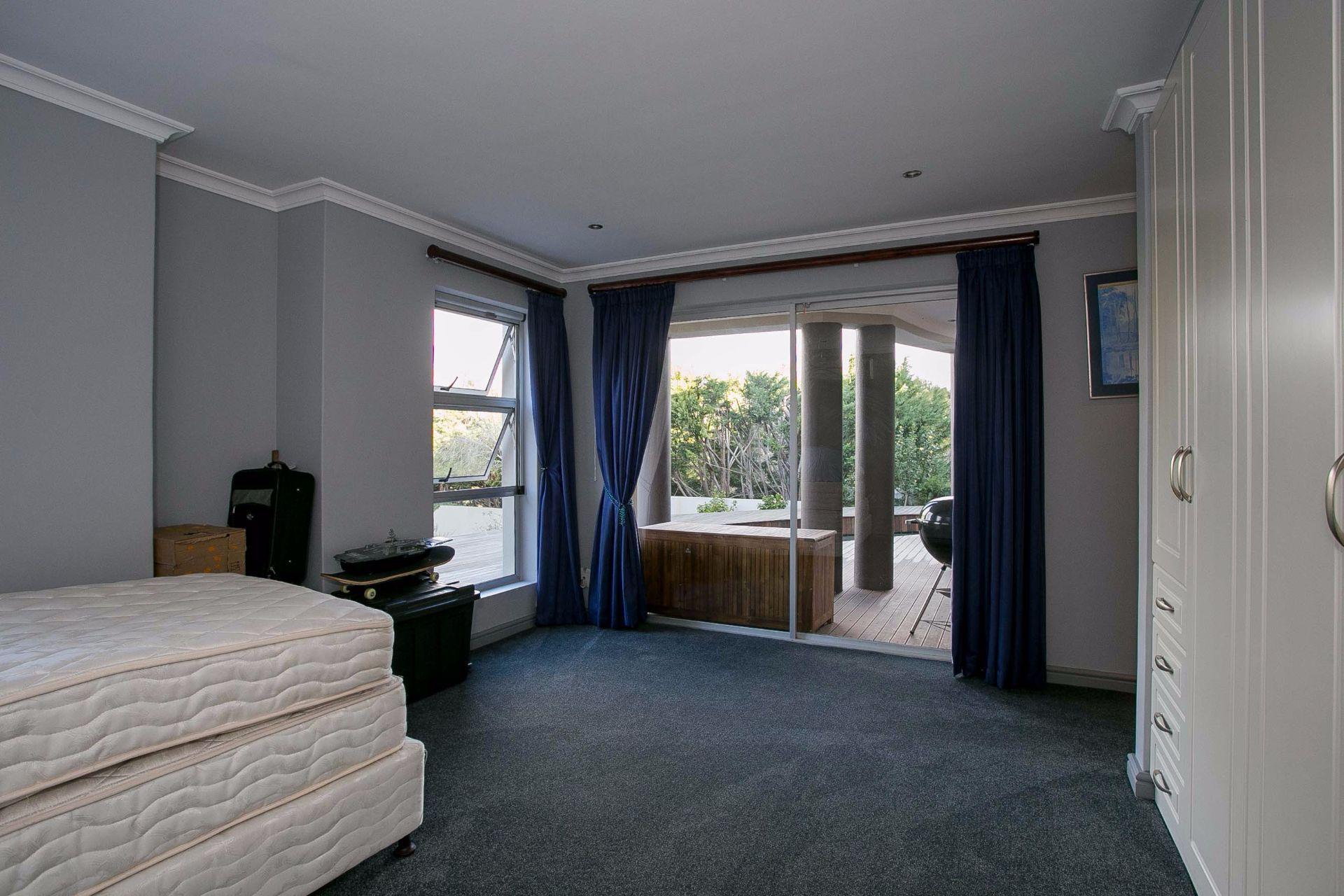 La Sandra property for sale. Ref No: 13533106. Picture no 5