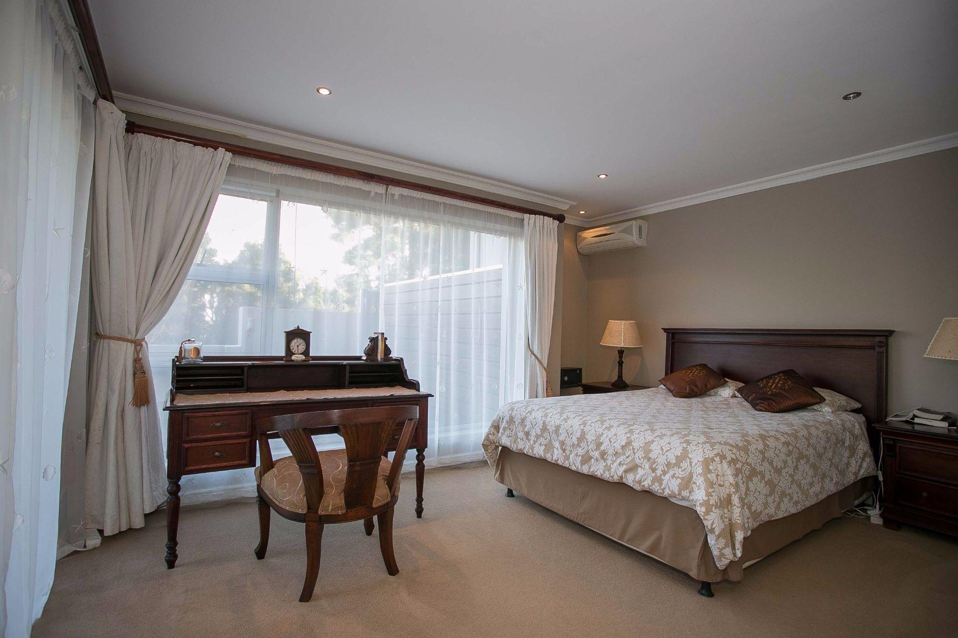 La Sandra property for sale. Ref No: 13533106. Picture no 9