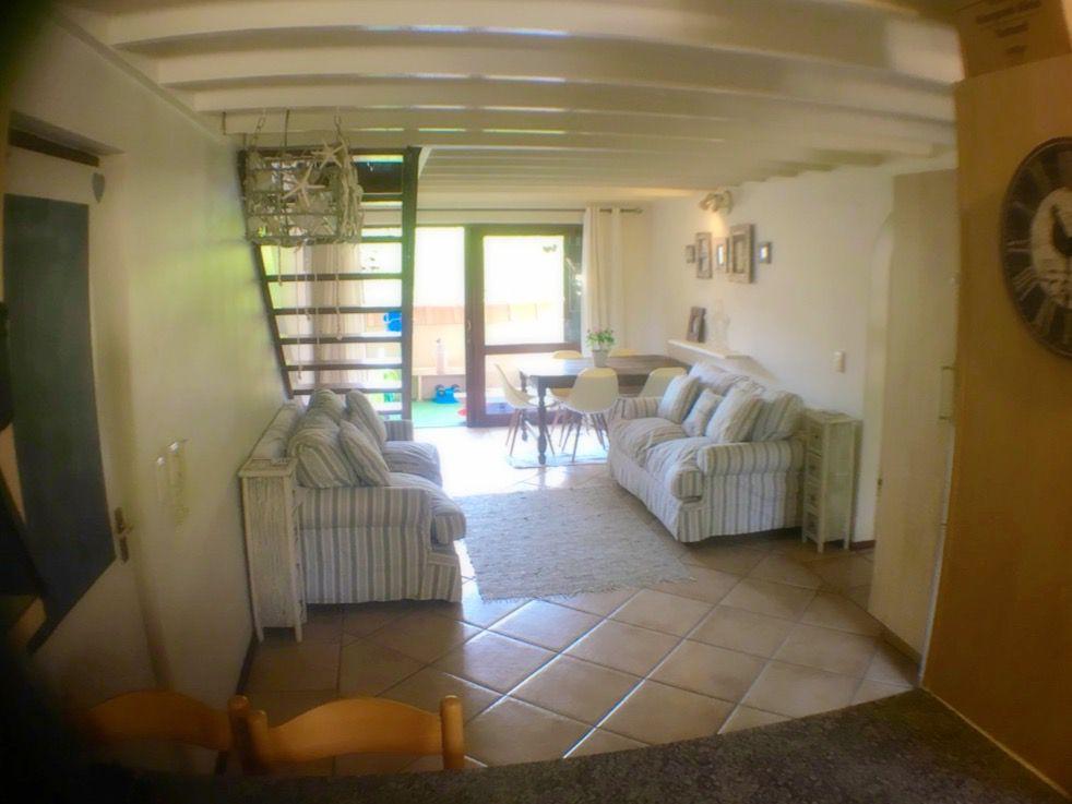 diningroom and lounge.JPG