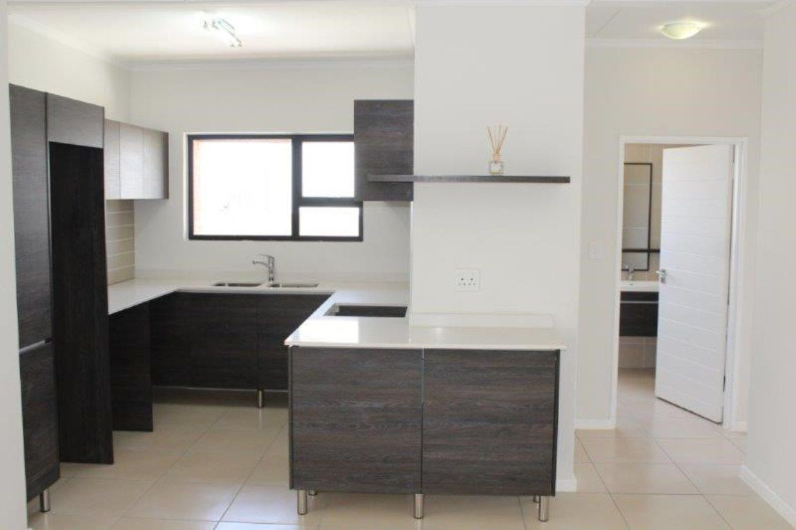 Olivedale property to rent. Ref No: 13537407. Picture no 4