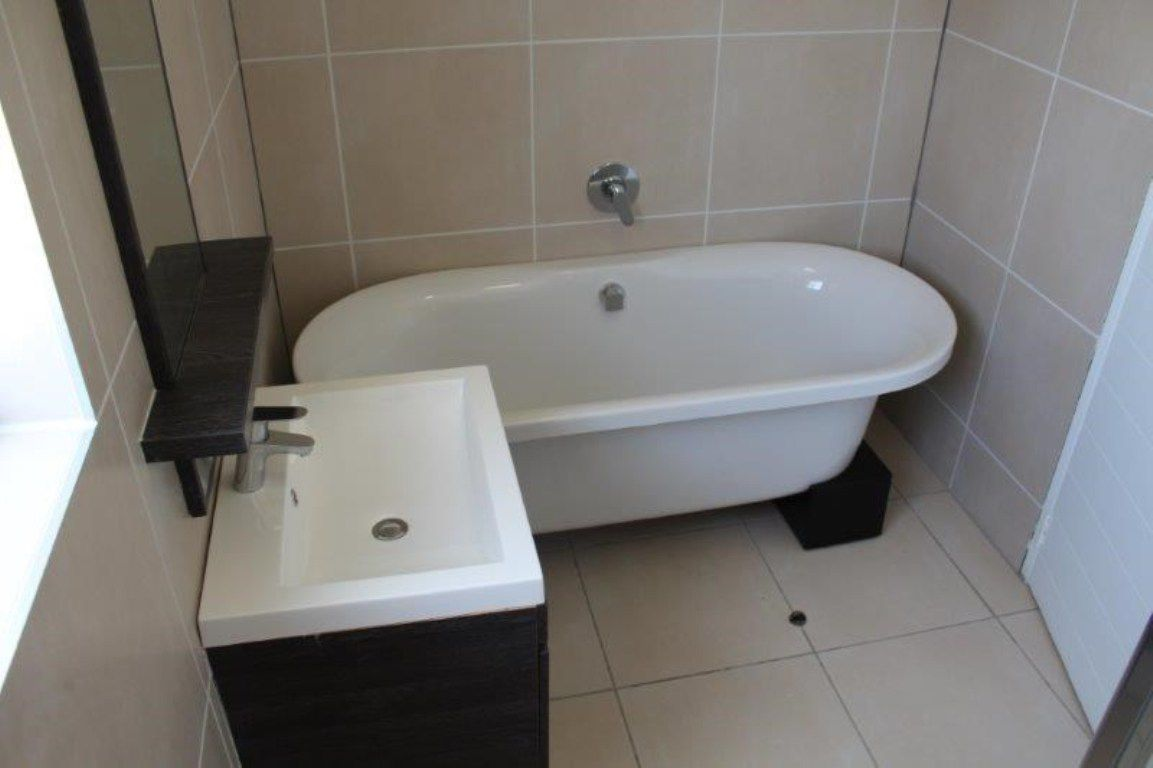 Olivedale property to rent. Ref No: 13537407. Picture no 8